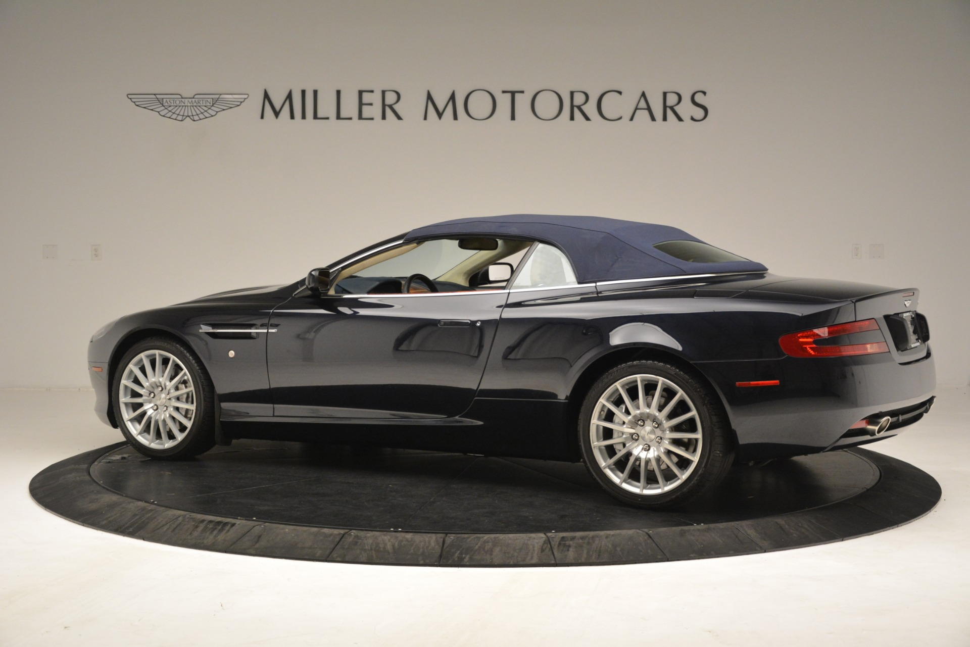 Used 2007 Aston Martin DB9 Convertible For Sale In Westport, CT 3291_p25