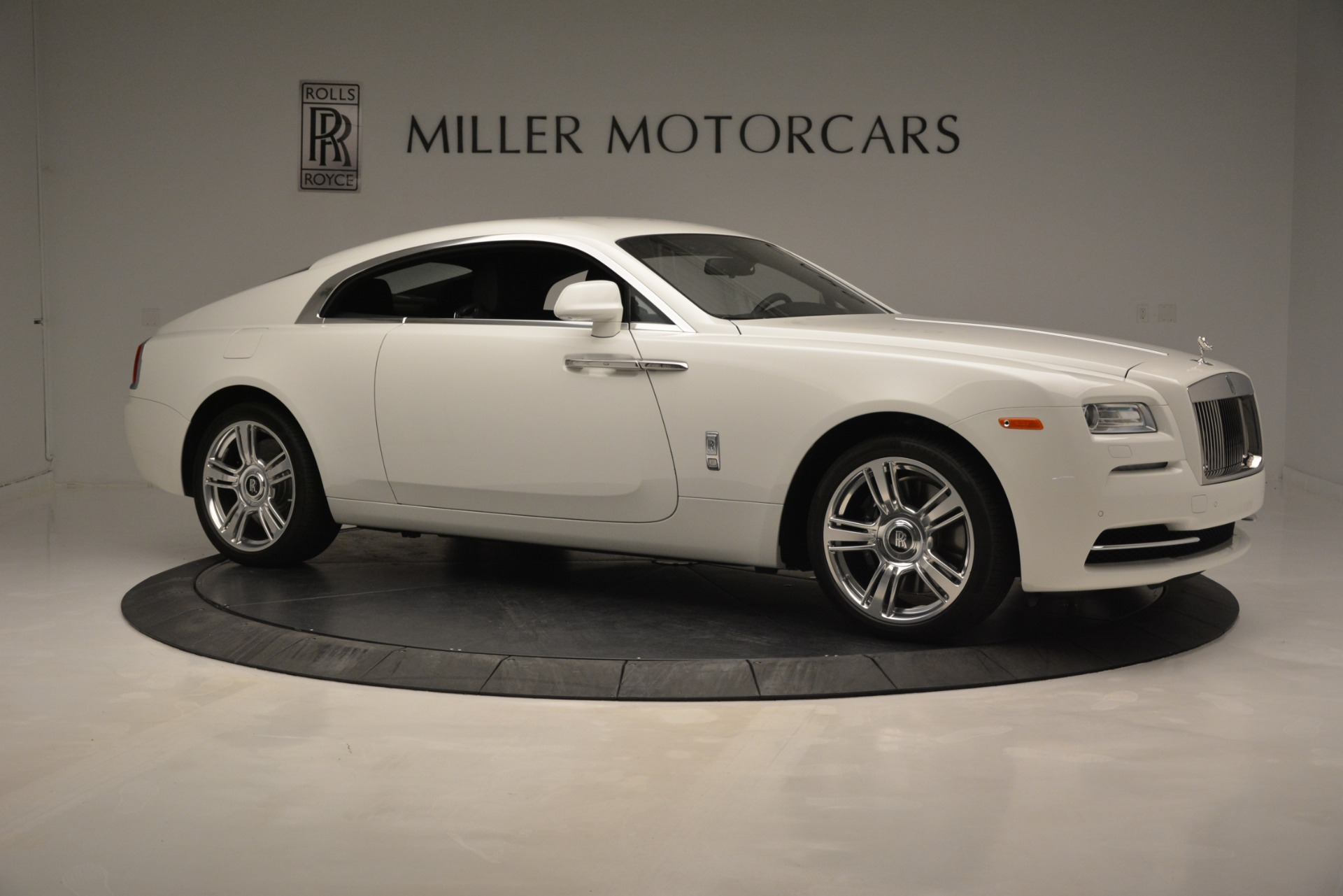 Used 2016 Rolls-Royce Wraith  For Sale In Westport, CT 3294_p11