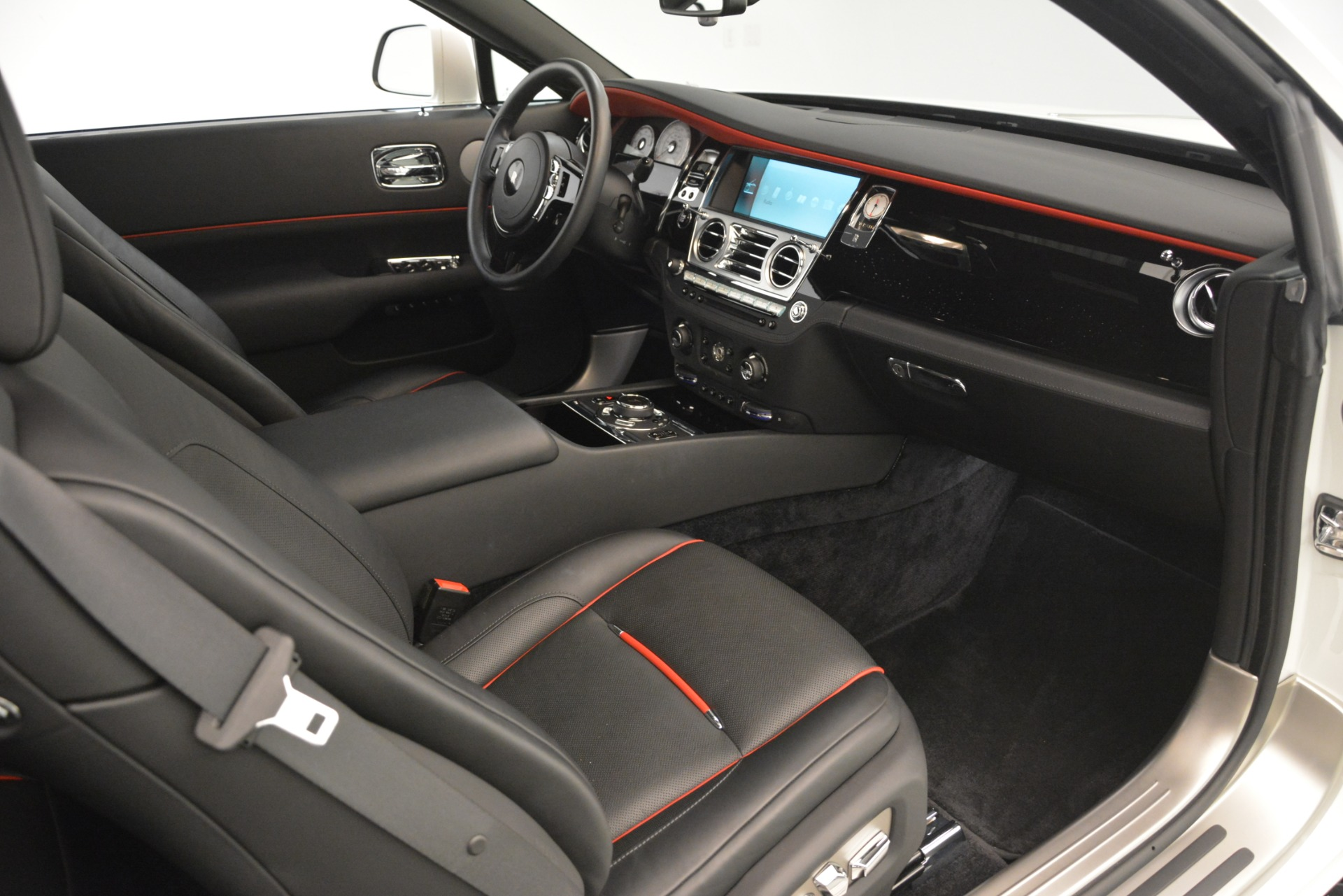 Used 2016 Rolls-Royce Wraith  For Sale In Westport, CT 3294_p21