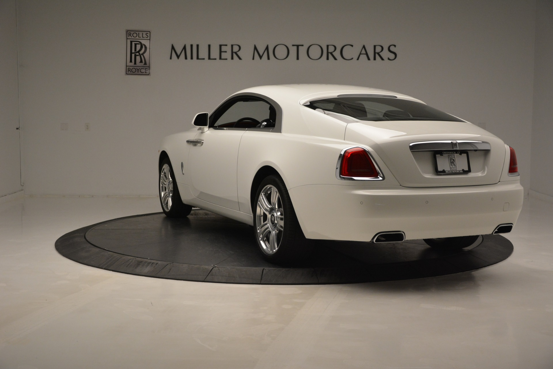 Used 2016 Rolls-Royce Wraith  For Sale In Westport, CT 3294_p5