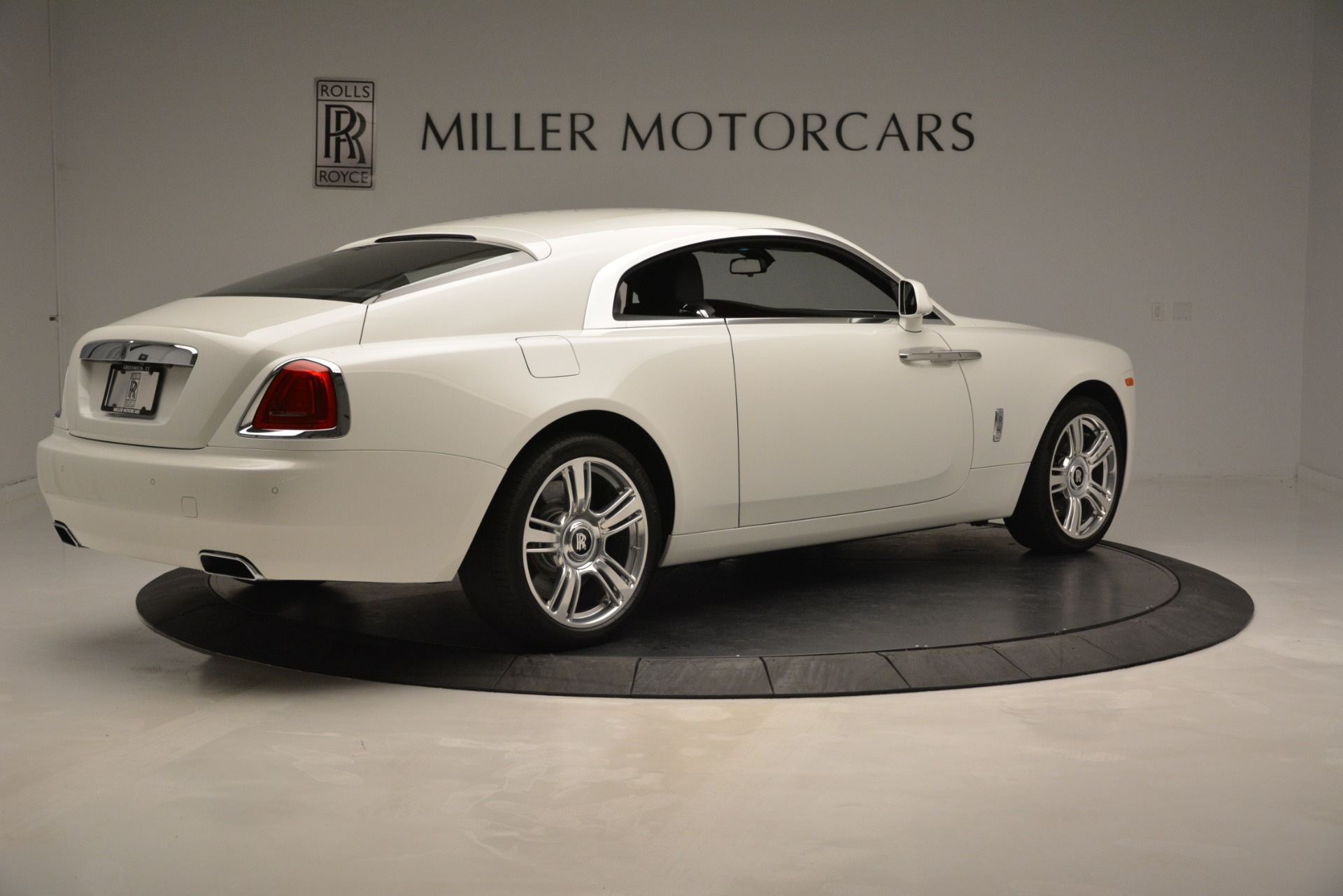 Used 2016 Rolls-Royce Wraith  For Sale In Westport, CT 3294_p9