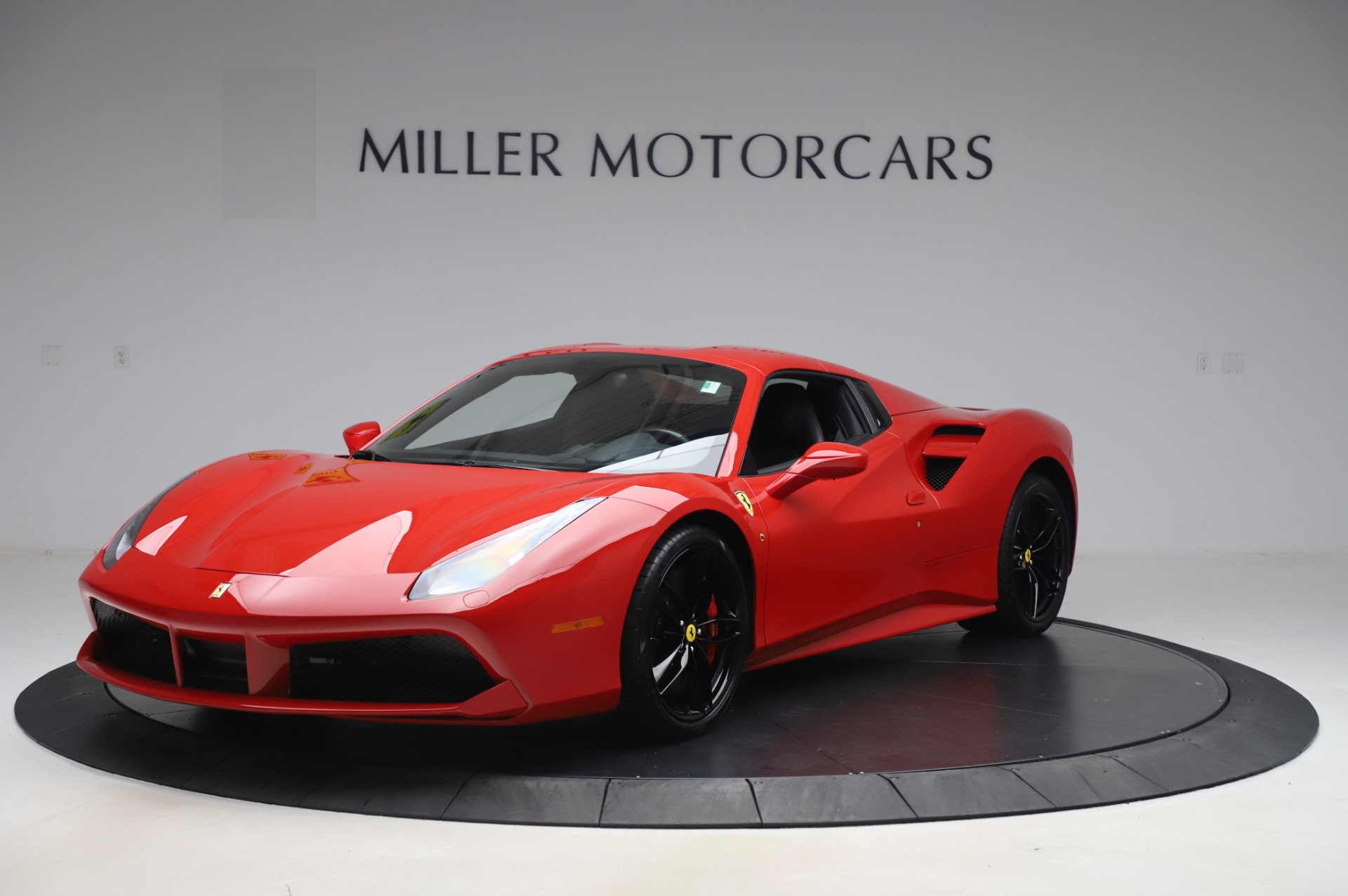 Used 2017 Ferrari 488 Spider  For Sale In Westport, CT 3296_p13