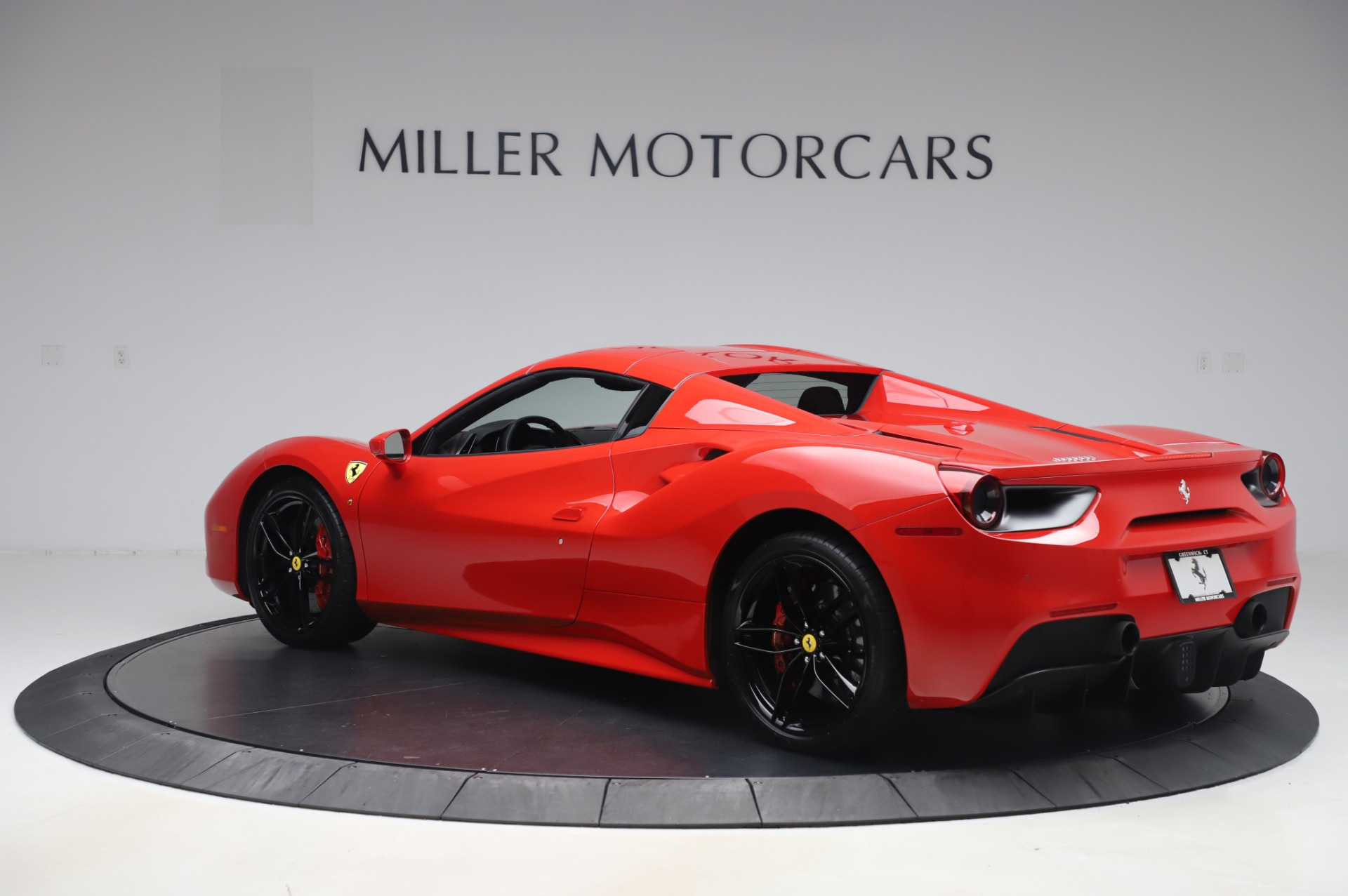Used 2017 Ferrari 488 Spider  For Sale In Westport, CT 3296_p15