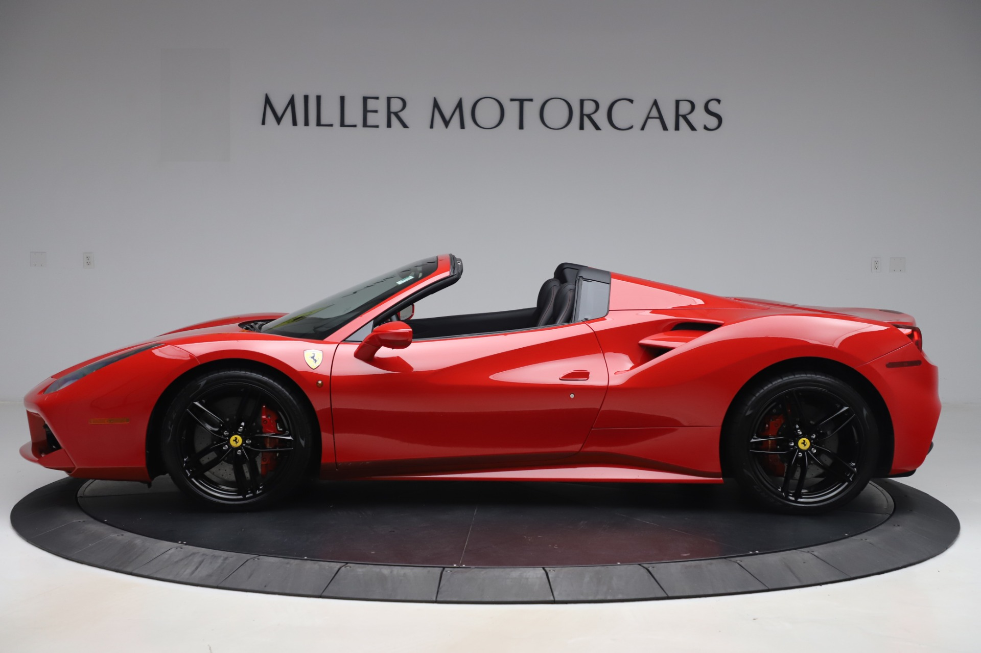 Used 2017 Ferrari 488 Spider  For Sale In Westport, CT 3296_p3