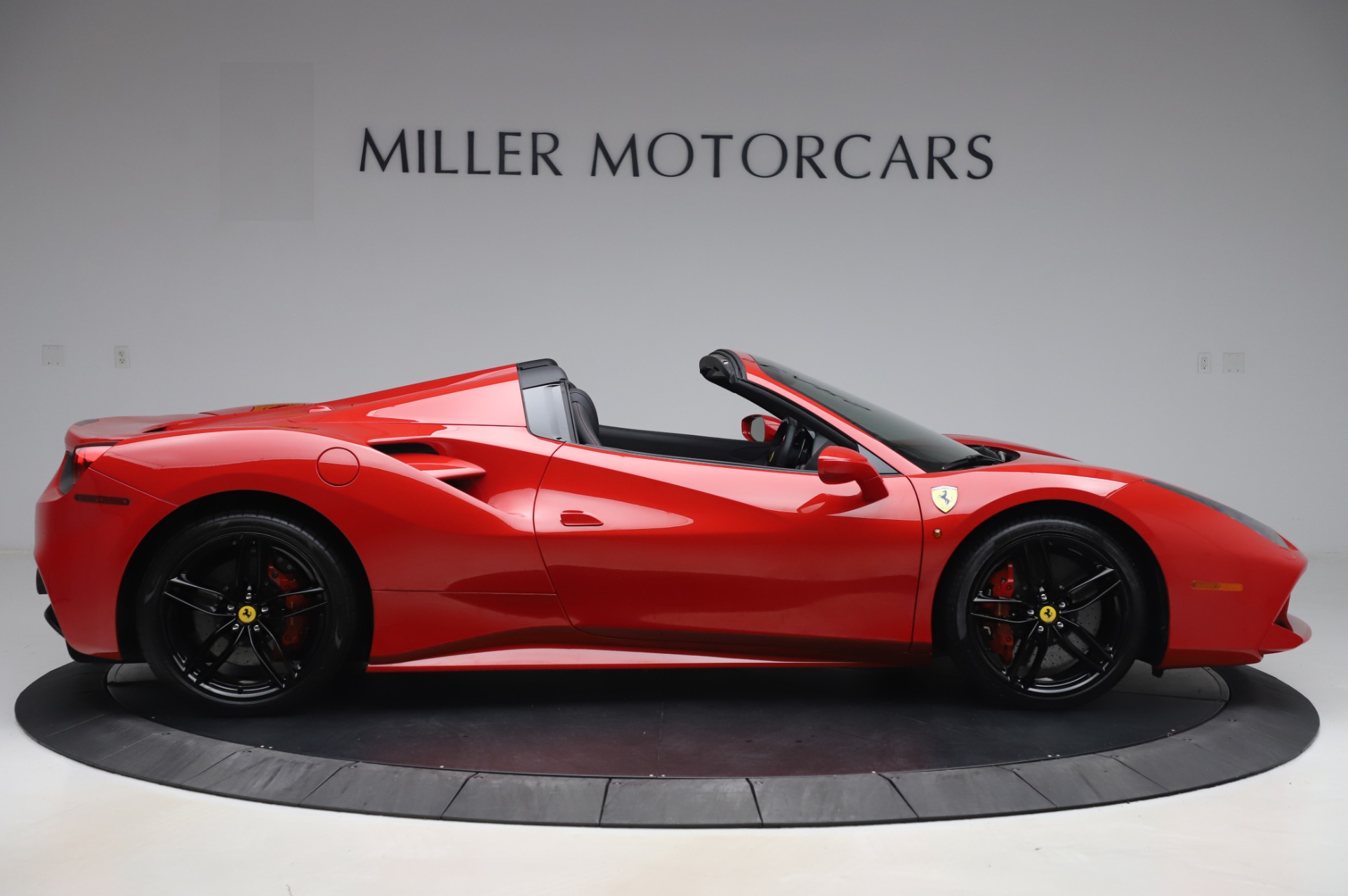 Used 2017 Ferrari 488 Spider  For Sale In Westport, CT 3296_p9