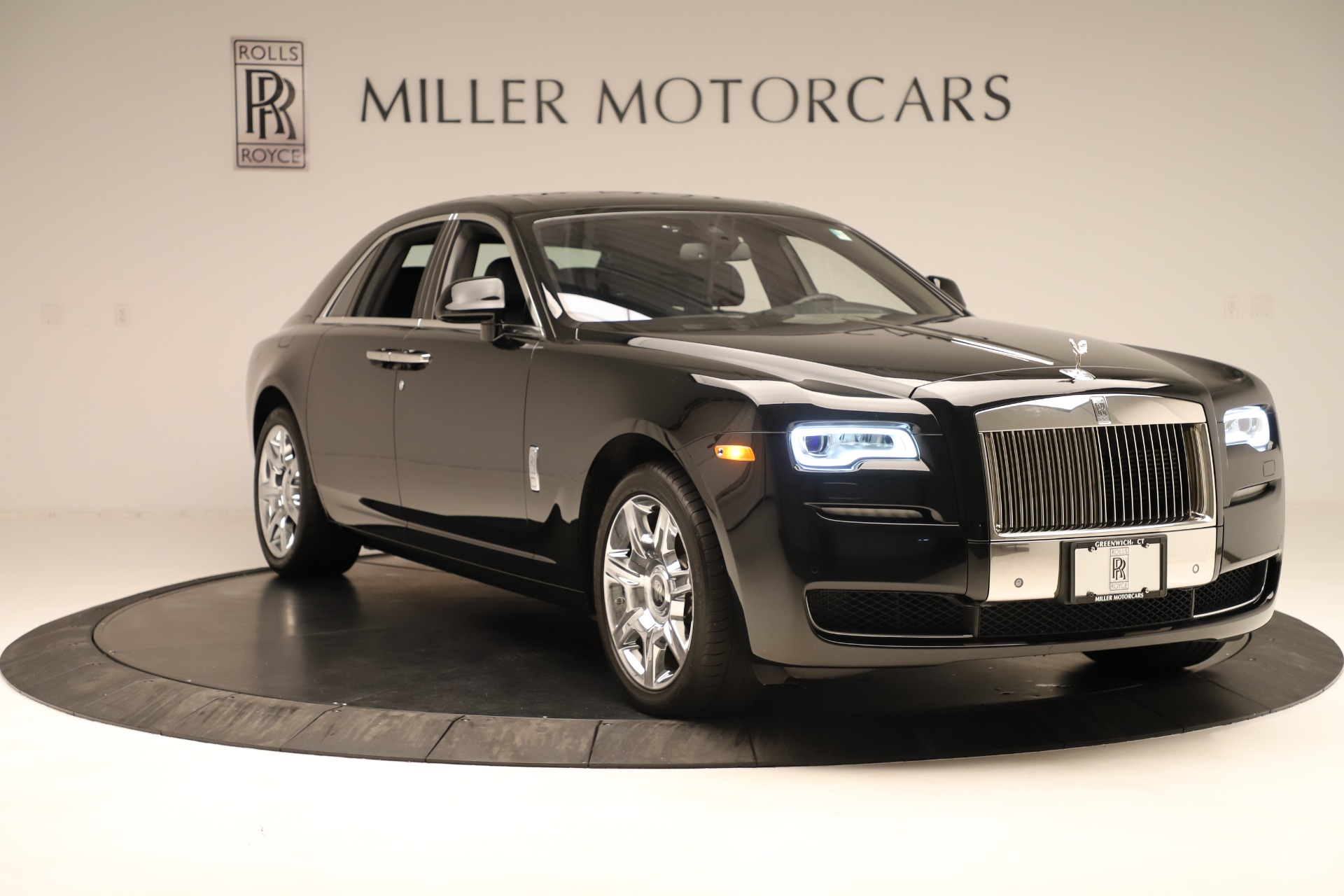 Used 2016 Rolls-Royce Ghost  For Sale In Westport, CT 3298_p11