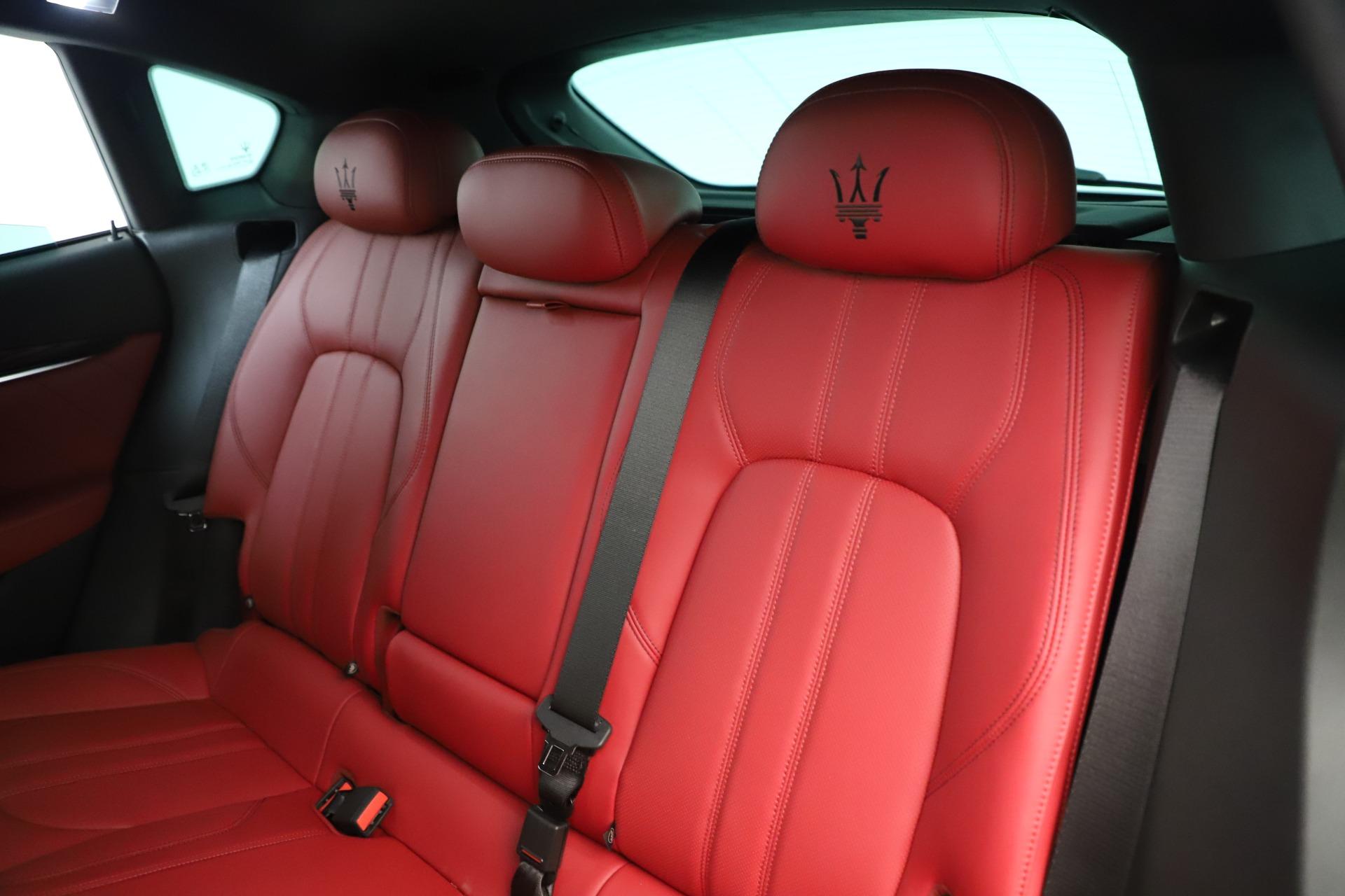 New 2019 Maserati Levante Q4 GranSport Nerissimo For Sale In Westport, CT 3300_p18