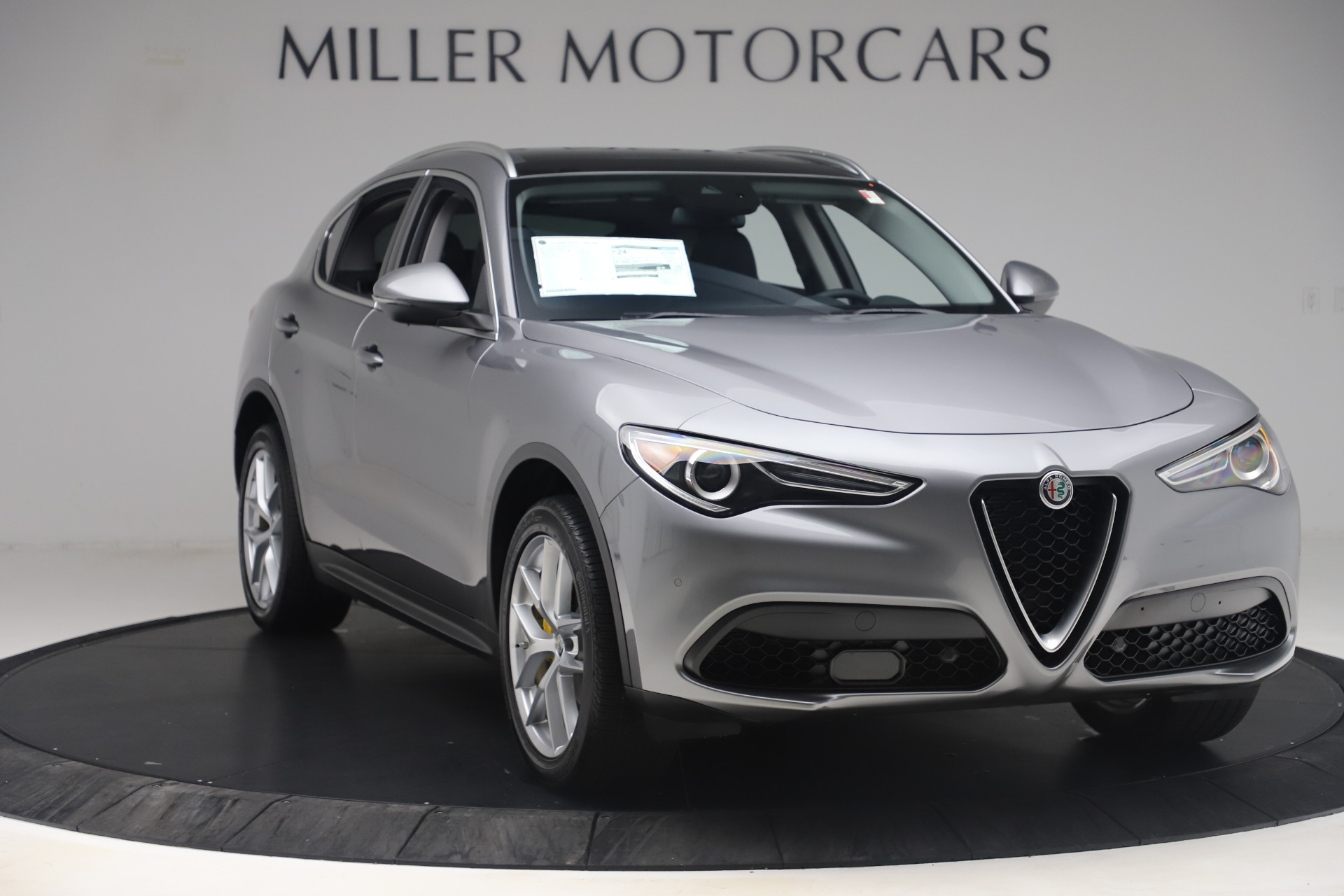 New 2019 Alfa Romeo Stelvio Ti Lusso Q4 For Sale In Westport, CT 3333_p11