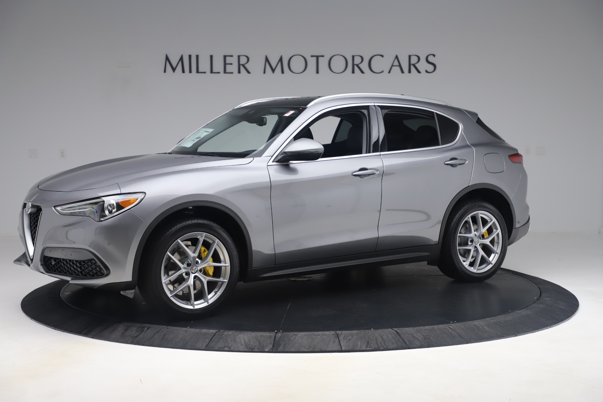 New 2019 Alfa Romeo Stelvio Ti Lusso Q4 For Sale In Westport, CT 3333_p2