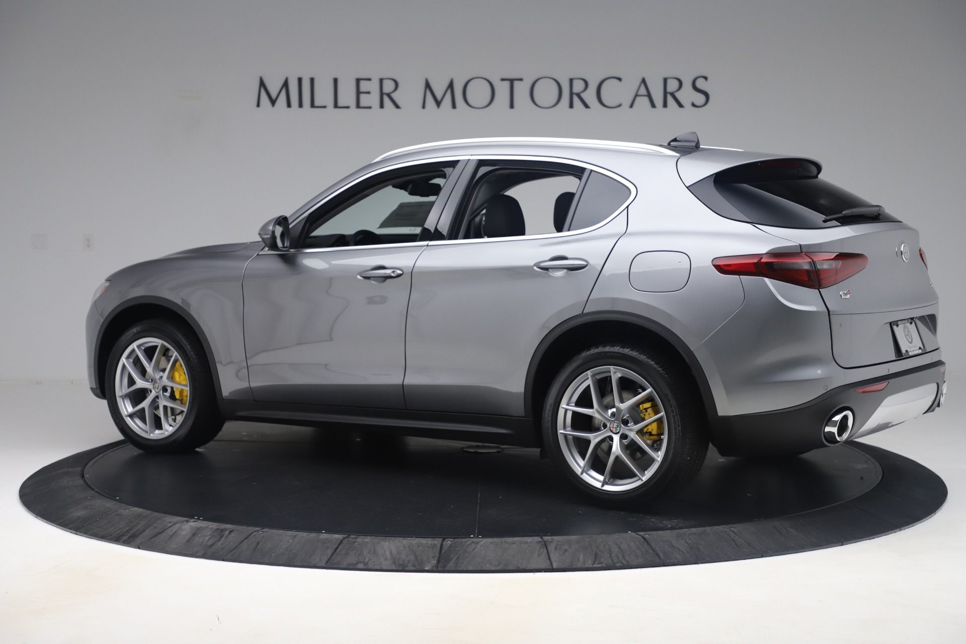 New 2019 Alfa Romeo Stelvio Ti Lusso Q4 For Sale In Westport, CT 3333_p4