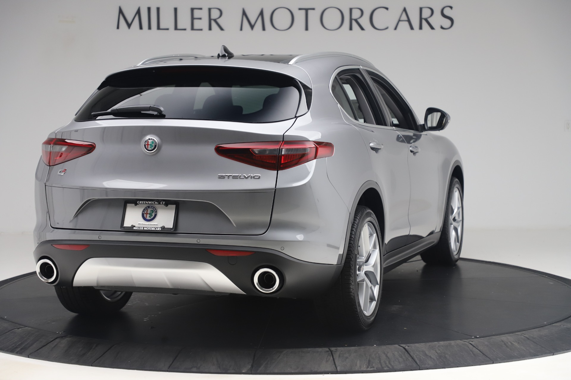 New 2019 Alfa Romeo Stelvio Ti Lusso Q4 For Sale In Westport, CT 3333_p7