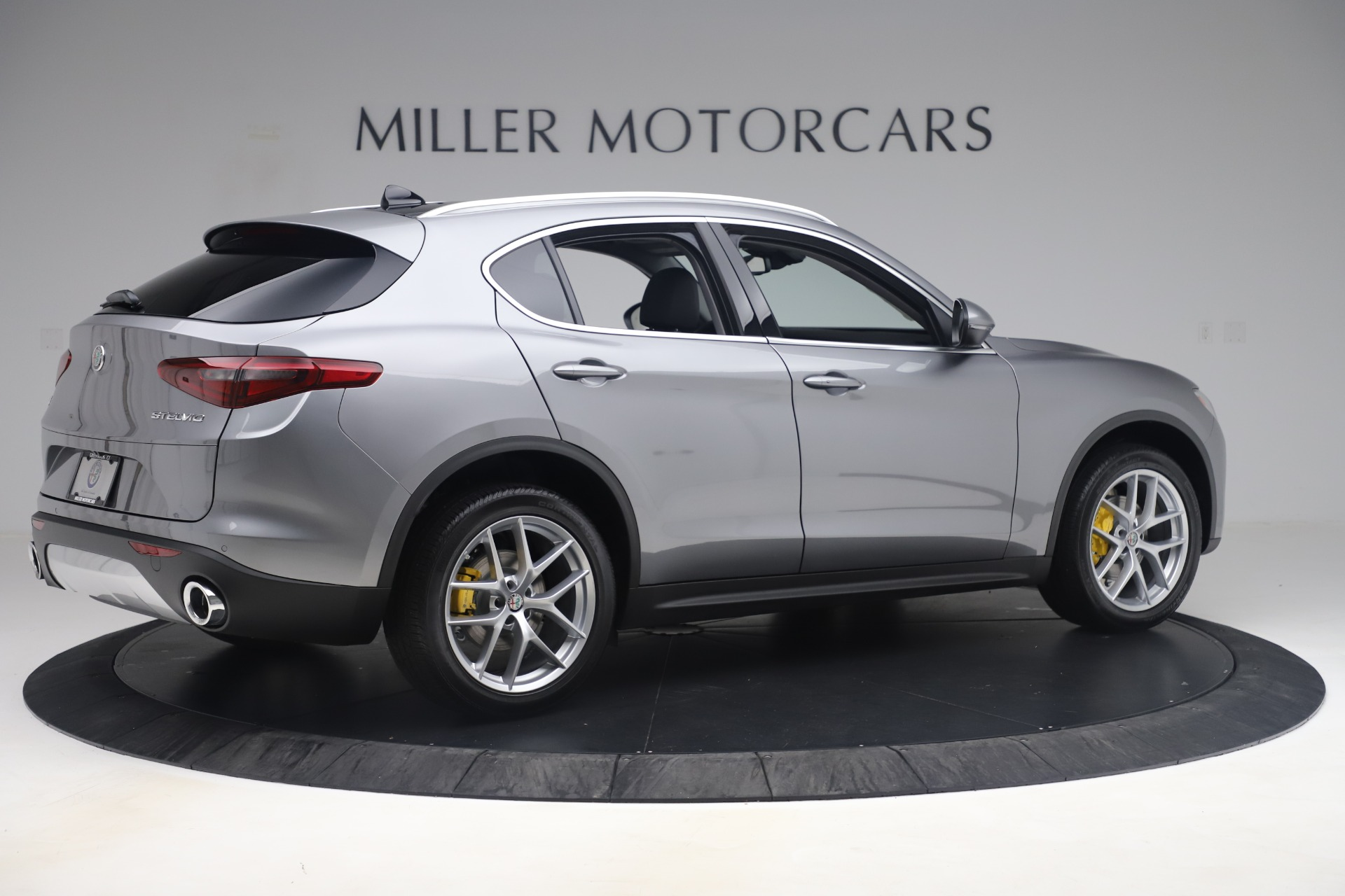 New 2019 Alfa Romeo Stelvio Ti Lusso Q4 For Sale In Westport, CT 3333_p8