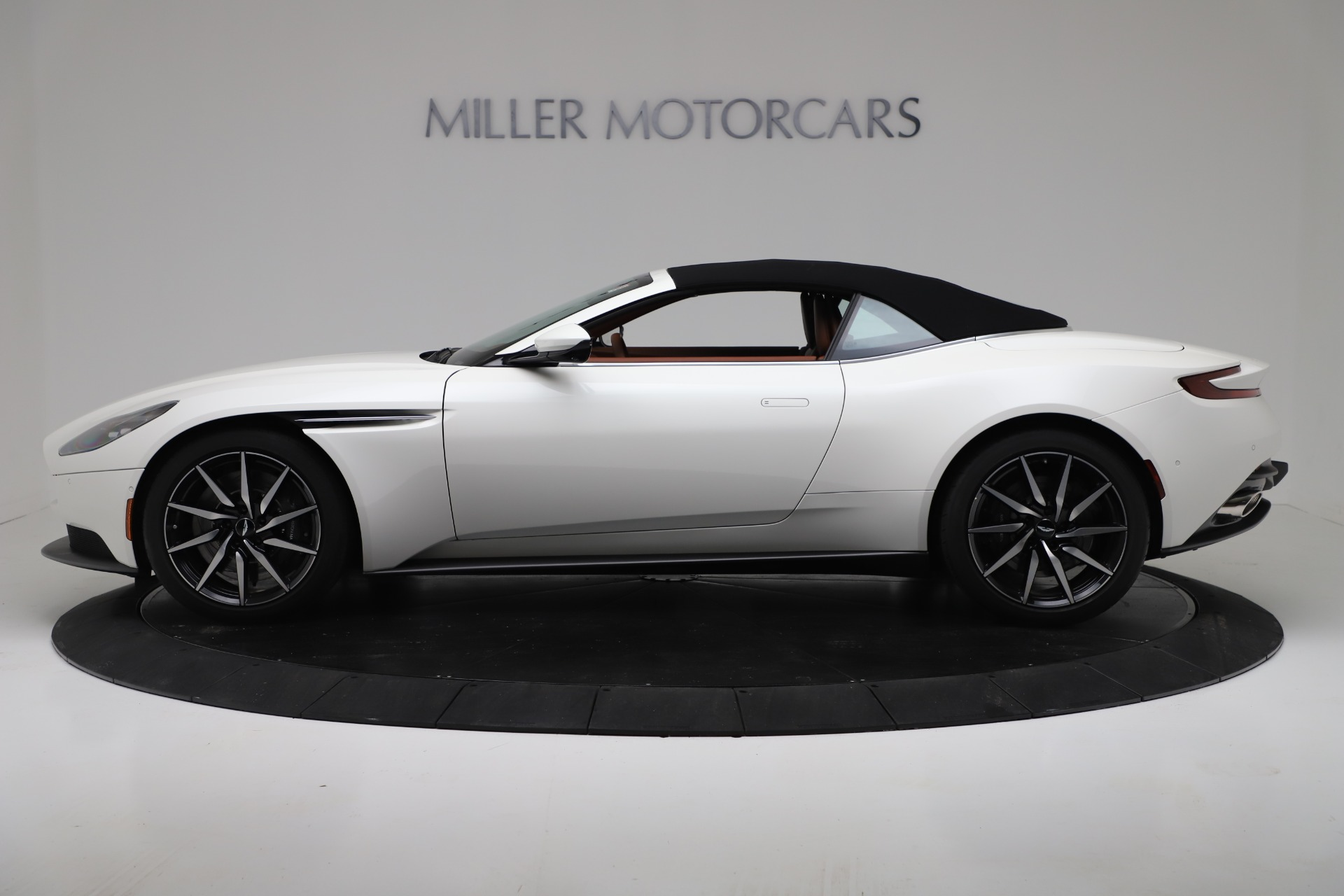 New 2019 Aston Martin DB11 V8 Convertible For Sale In Westport, CT 3344_p14