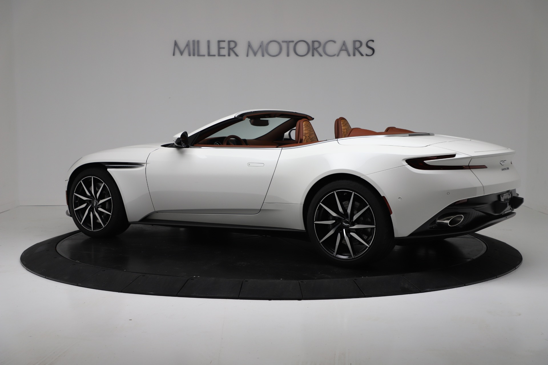 New 2019 Aston Martin DB11 V8 Convertible For Sale In Westport, CT 3344_p4