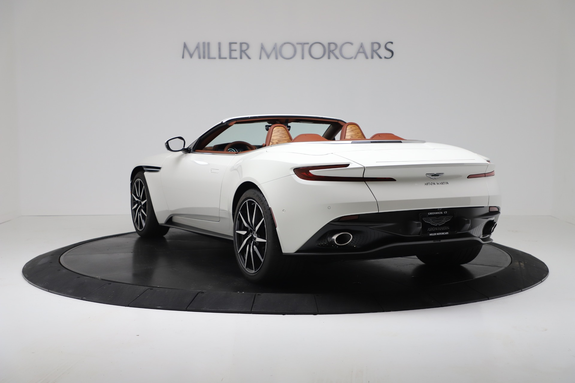 New 2019 Aston Martin DB11 V8 Convertible For Sale In Westport, CT 3344_p5