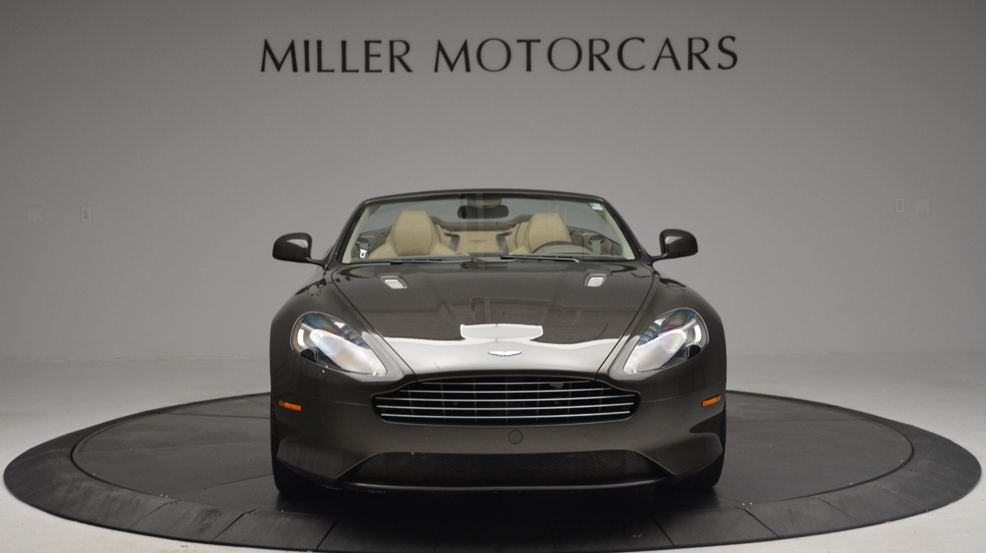 Used 2012 Aston Martin Virage Convertible For Sale In Westport, CT 3351_p12
