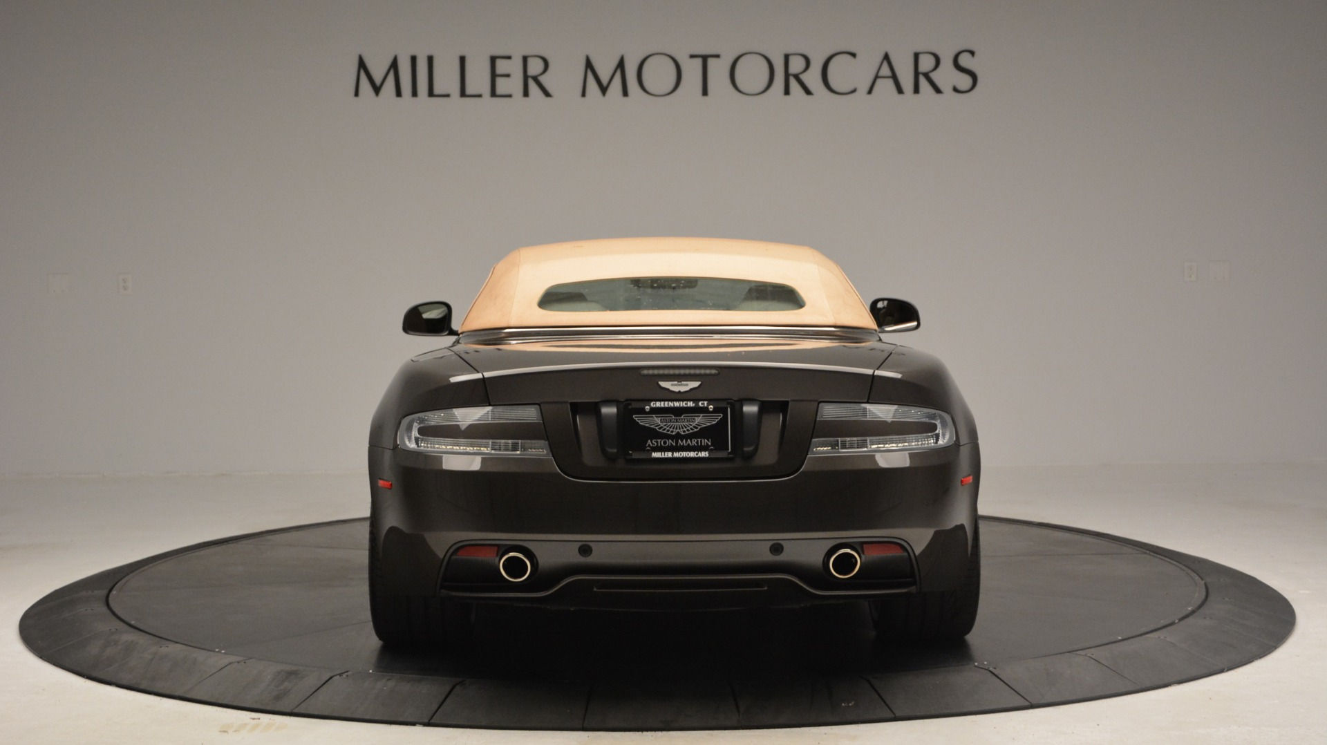 Used 2012 Aston Martin Virage Convertible For Sale In Westport, CT 3351_p17
