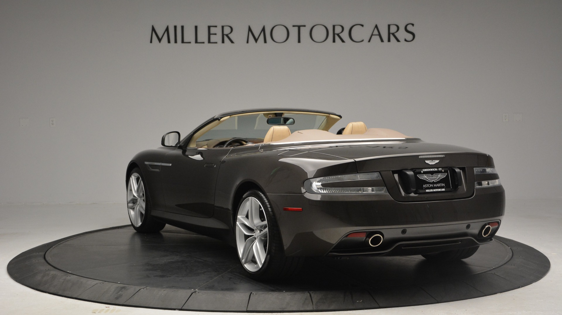 Used 2012 Aston Martin Virage Convertible For Sale In Westport, CT 3351_p5