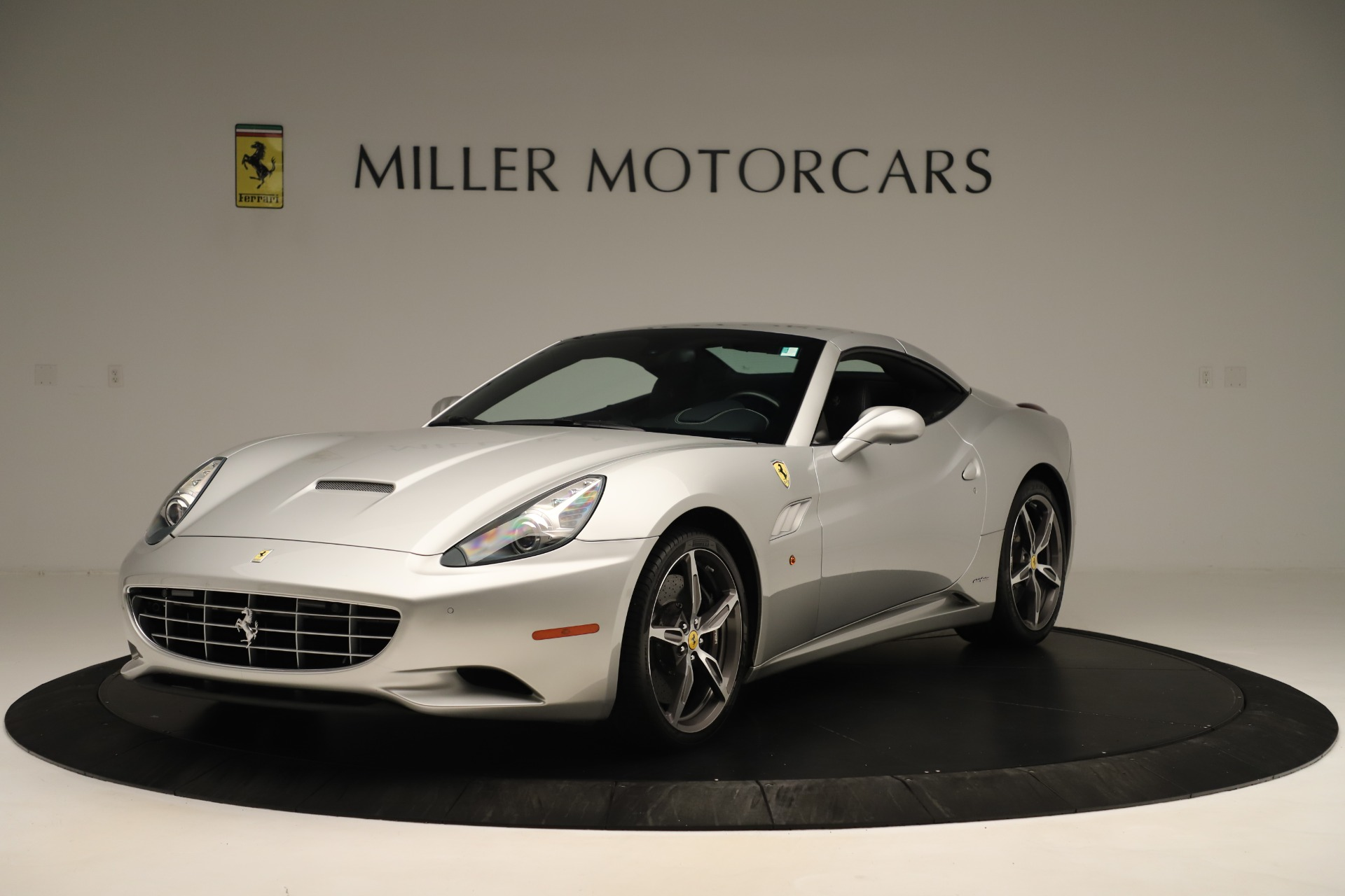 Used 2014 Ferrari California  For Sale In Westport, CT 3355_p13