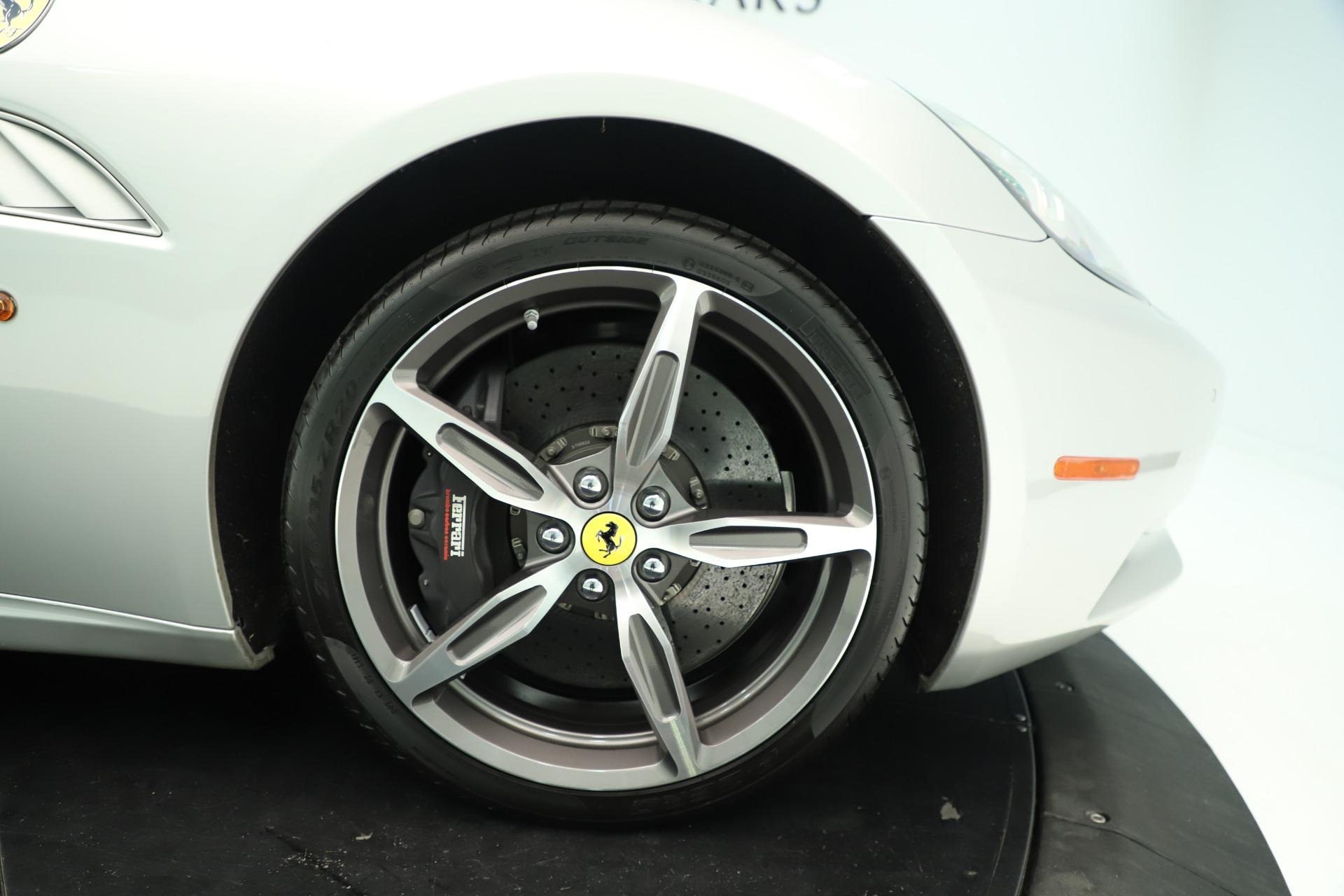 Used 2014 Ferrari California 30 For Sale In Westport, CT 3355_p19