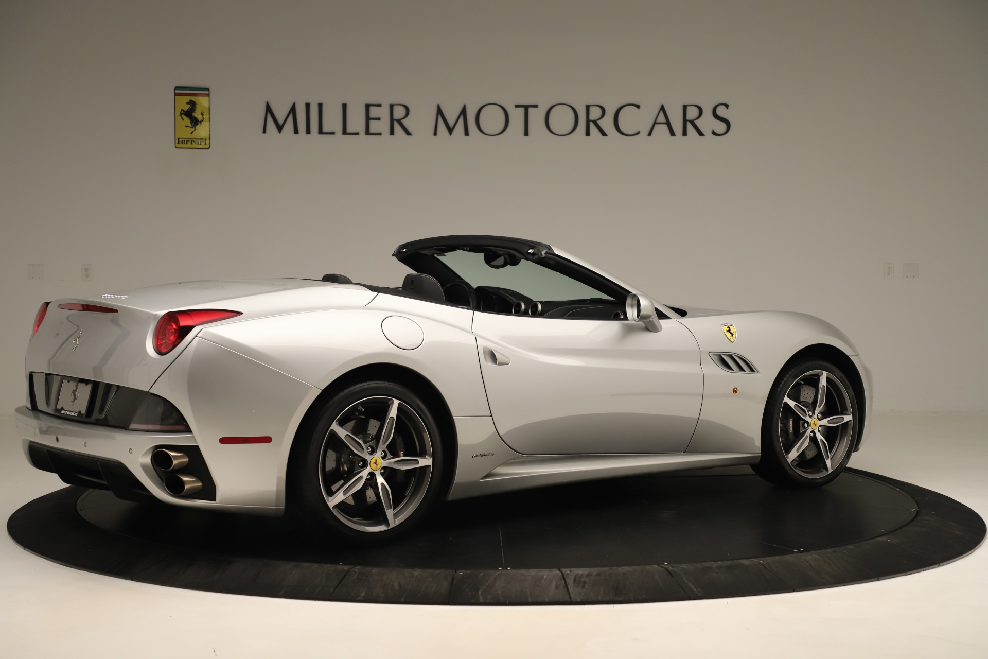 Used 2014 Ferrari California 30 For Sale In Westport, CT 3355_p8