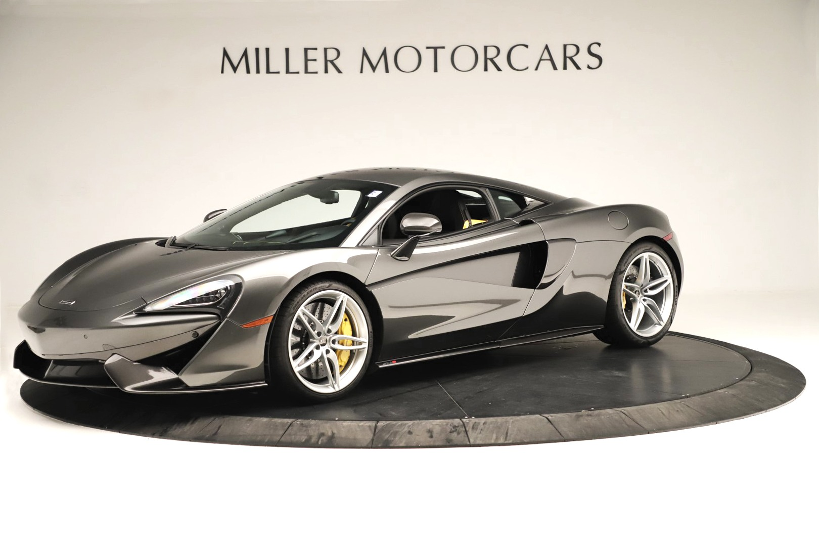 Used 2017 McLaren 570S Coupe For Sale In Westport, CT 3361_main