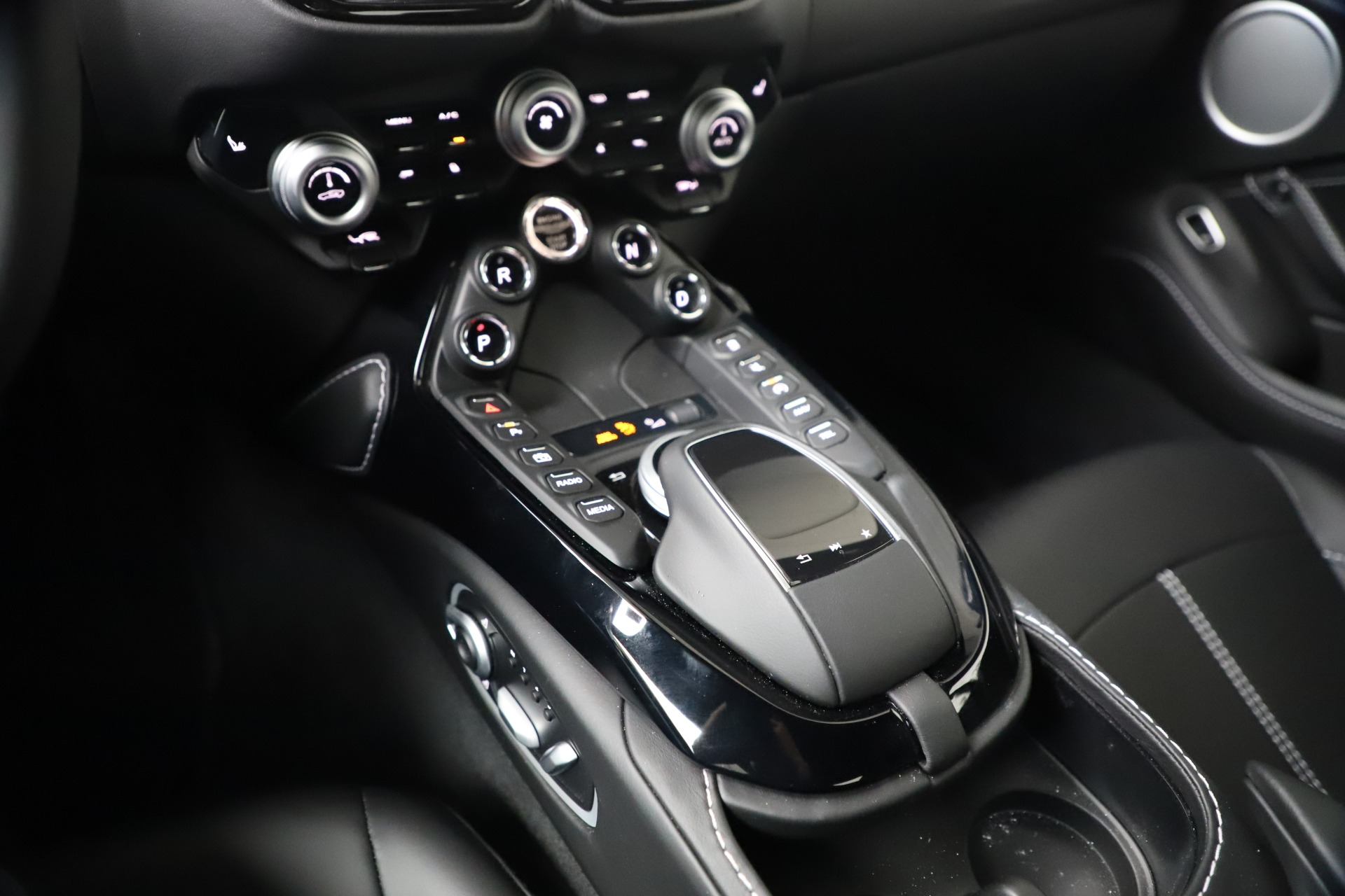 New 2020 Aston Martin Vantage Coupe For Sale In Westport, CT 3369_p16