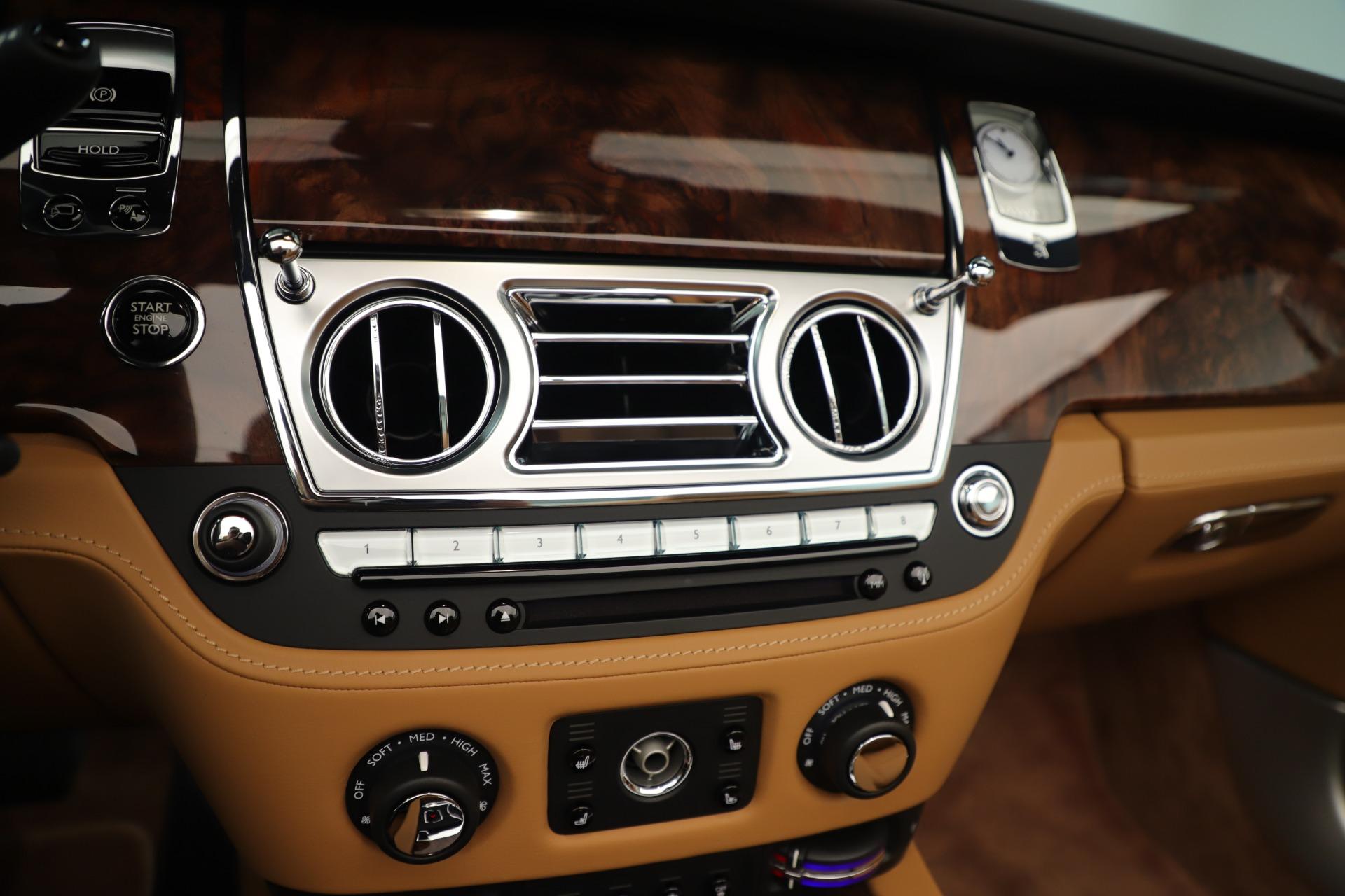 Used 2016 Rolls-Royce Dawn  For Sale In Westport, CT 3373_p25