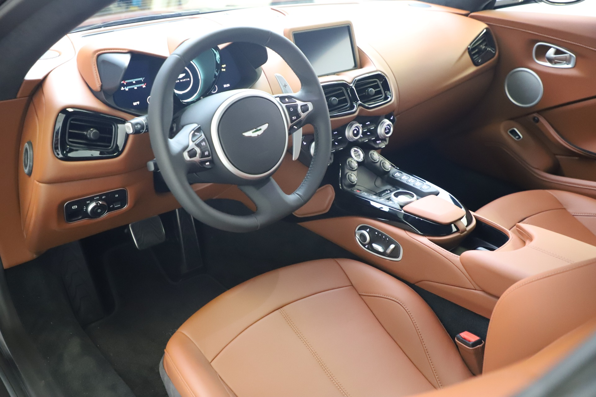 New 2020 Aston Martin Vantage V8 For Sale In Westport, CT 3378_p12