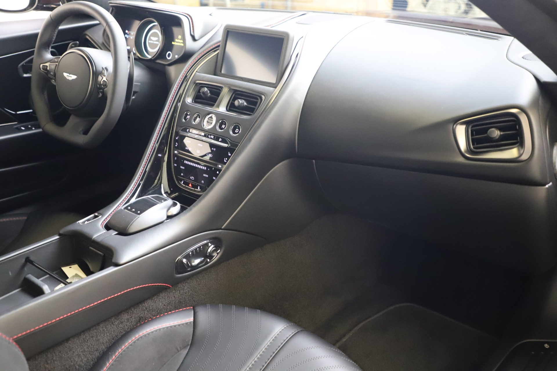 New 2019 Aston Martin DB11 V12 AMR Coupe For Sale In Westport, CT 3379_p16