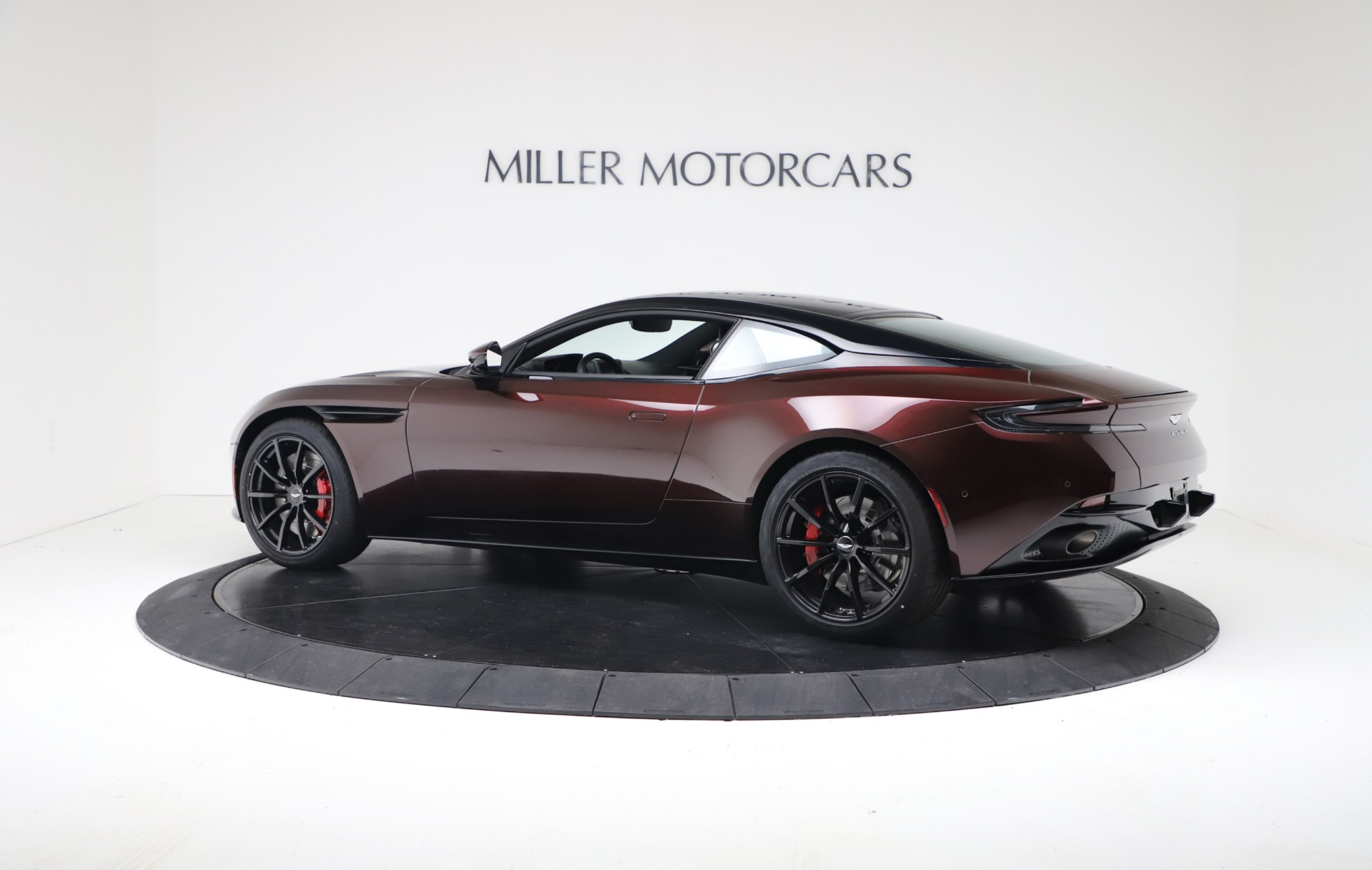 New 2019 Aston Martin DB11 V12 AMR Coupe For Sale In Westport, CT 3379_p4