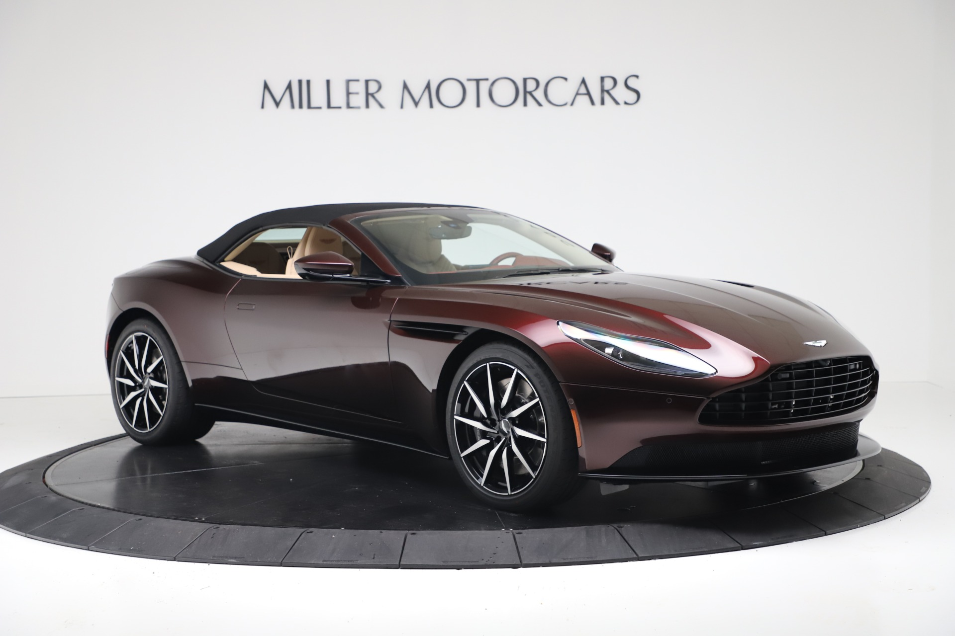 New 2020 Aston Martin DB11 Volante Convertible For Sale In Westport, CT 3380_p19