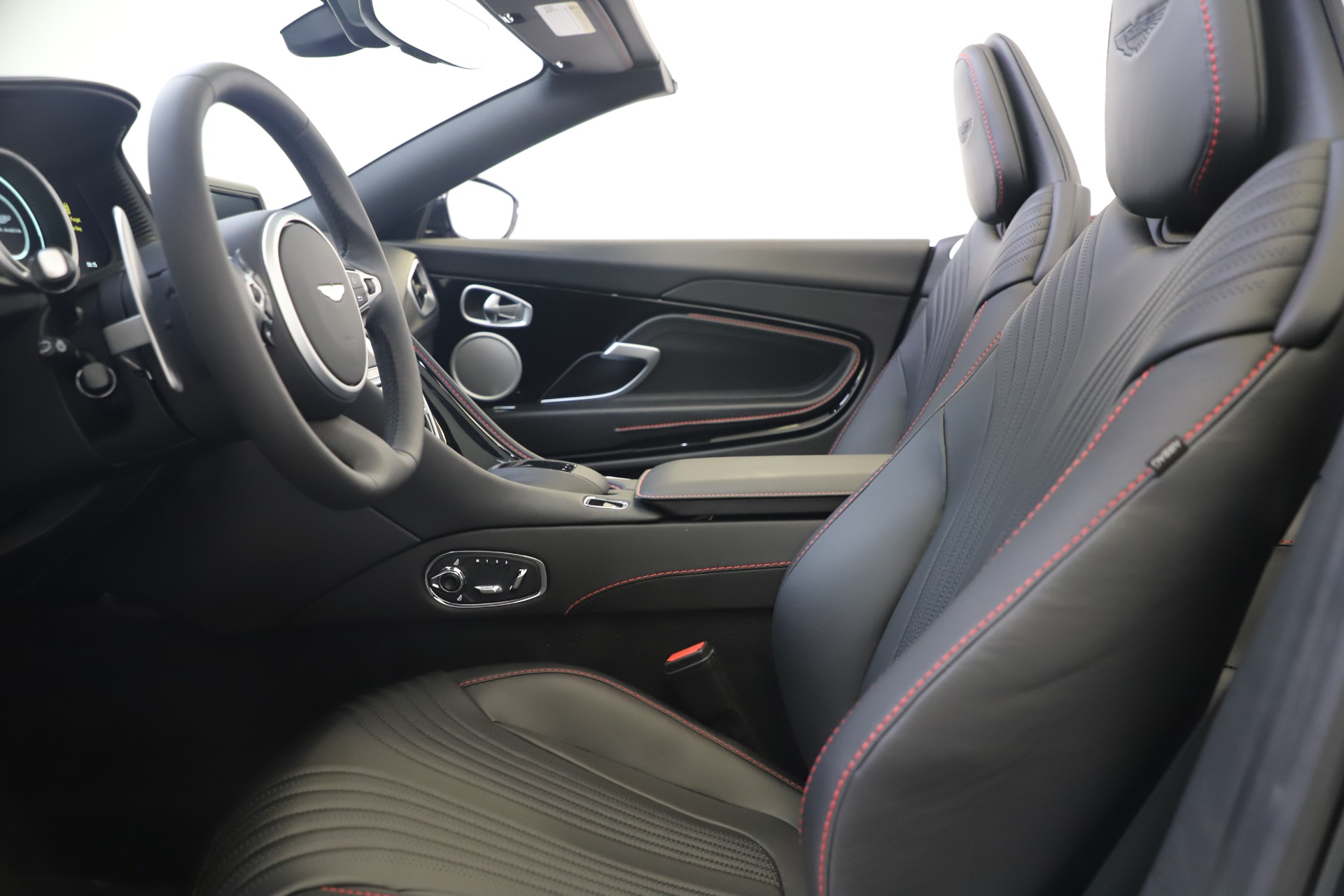 New 2020 Aston Martin DB11 Convertible For Sale In Westport, CT 3385_p22