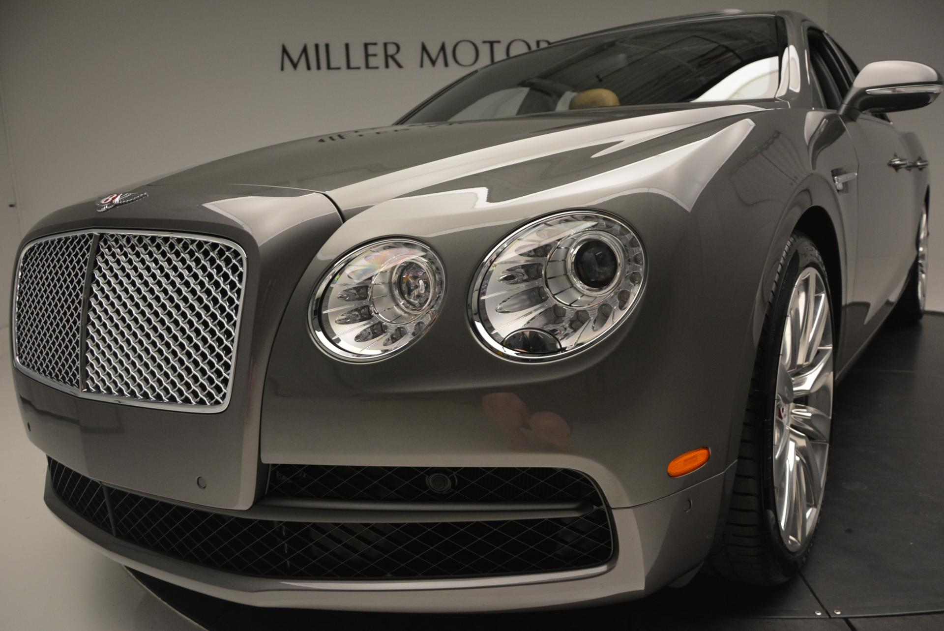 Used 2016 Bentley Flying Spur V8  For Sale In Westport, CT 34_p15