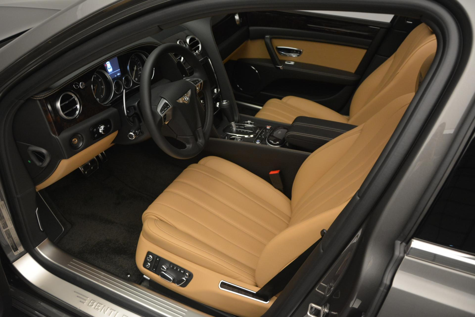 Used 2016 Bentley Flying Spur V8  For Sale In Westport, CT 34_p19