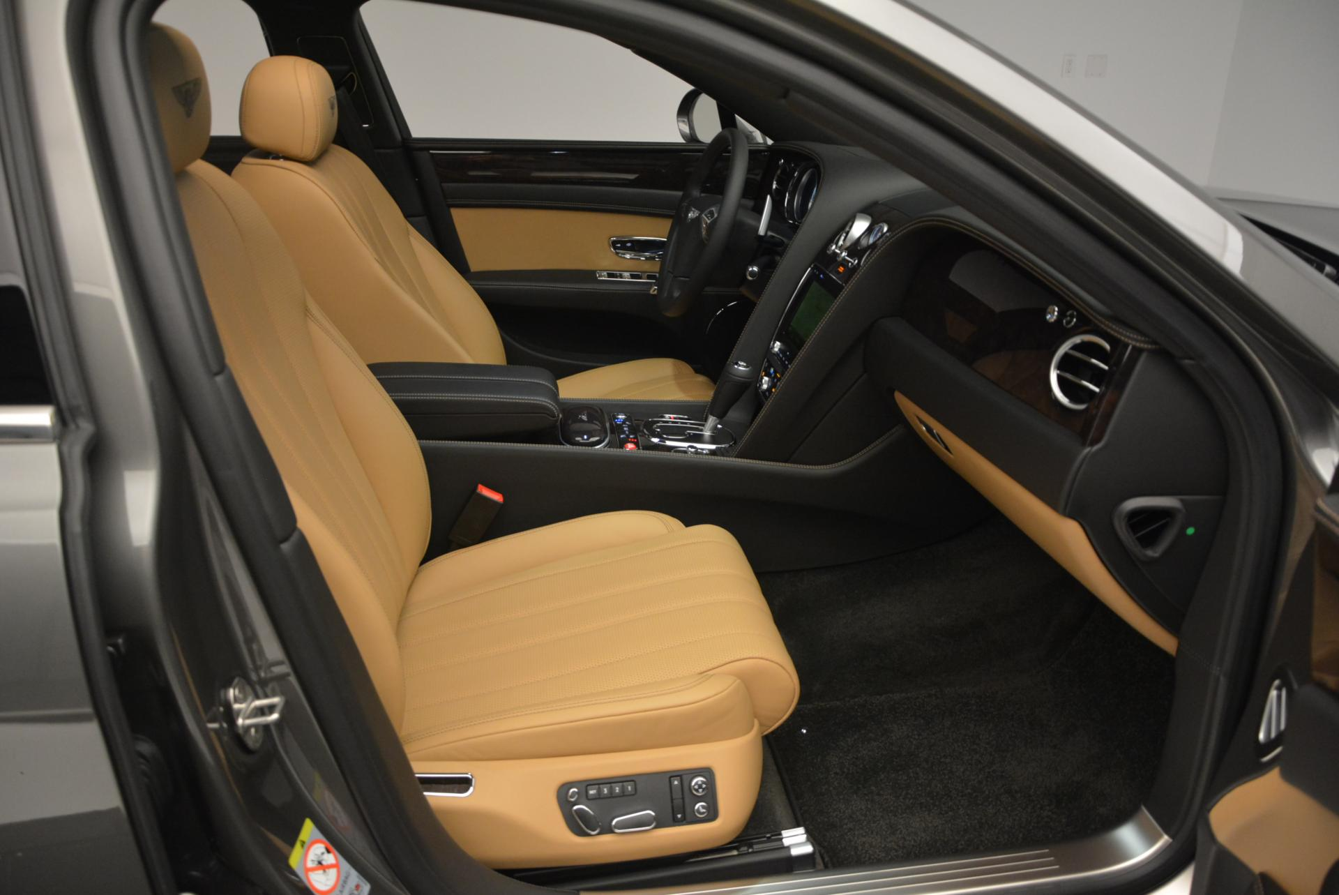 Used 2016 Bentley Flying Spur V8  For Sale In Westport, CT 34_p35