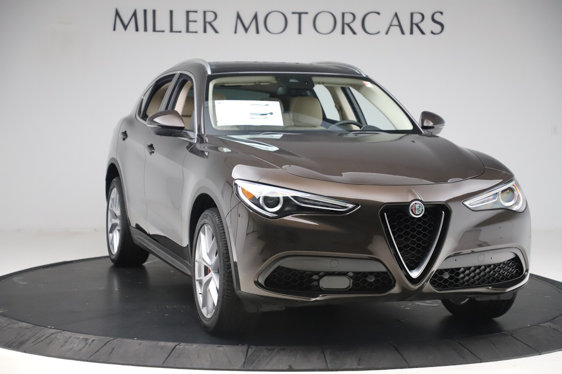New 2019 Alfa Romeo Stelvio Ti Lusso Q4 For Sale In Westport, CT 3404_p11