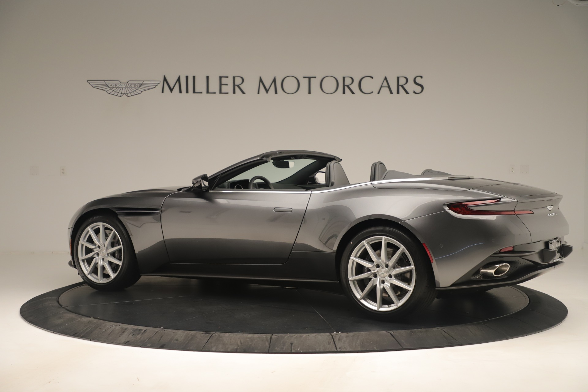 Used 2020 Aston Martin DB11 V8 For Sale In Westport, CT 3406_p4