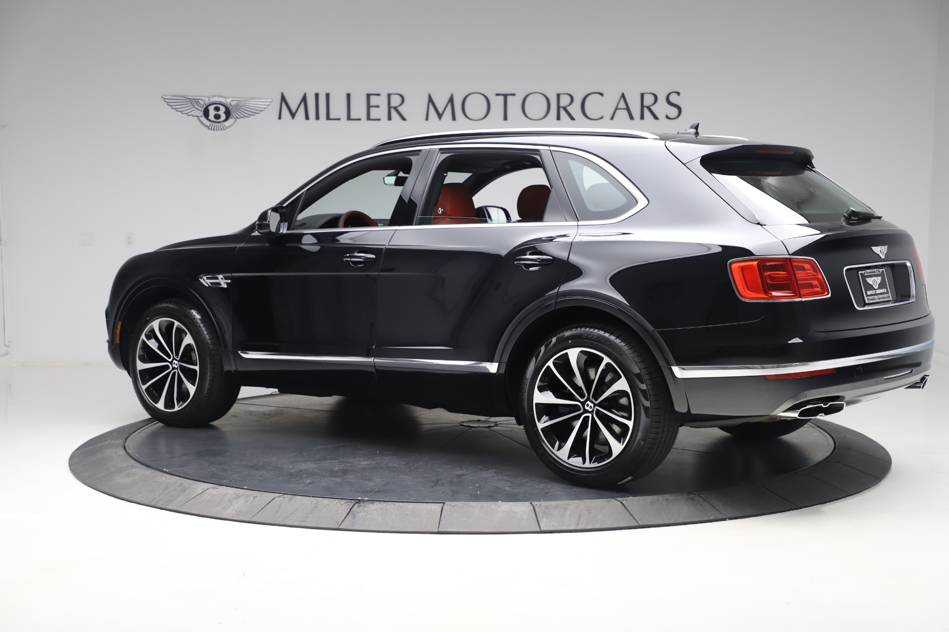 New 2020 Bentley Bentayga V8 For Sale In Westport, CT 3424_p4