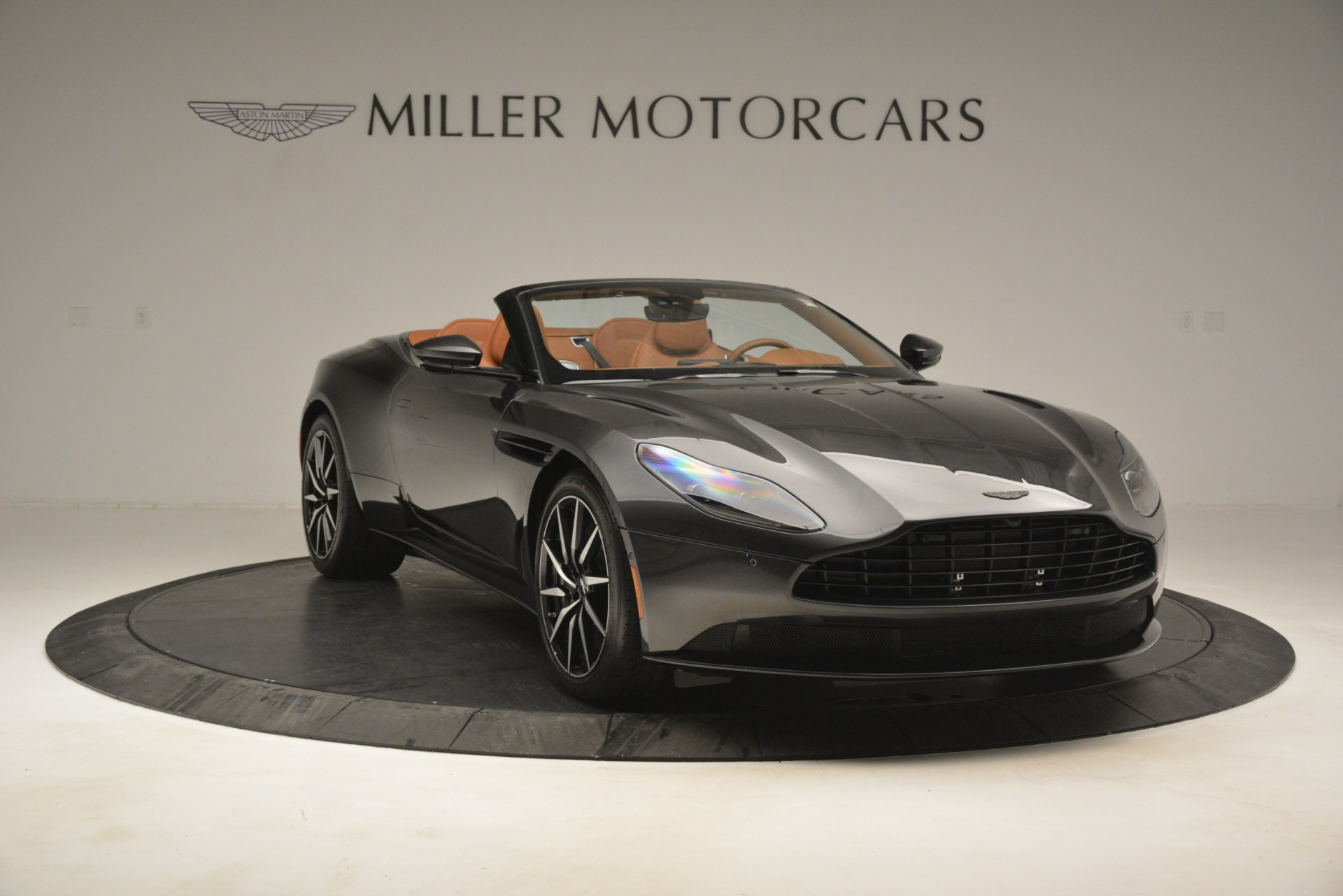 Used 2019 Aston Martin DB11 V8 Volante For Sale In Westport, CT 3434_p10