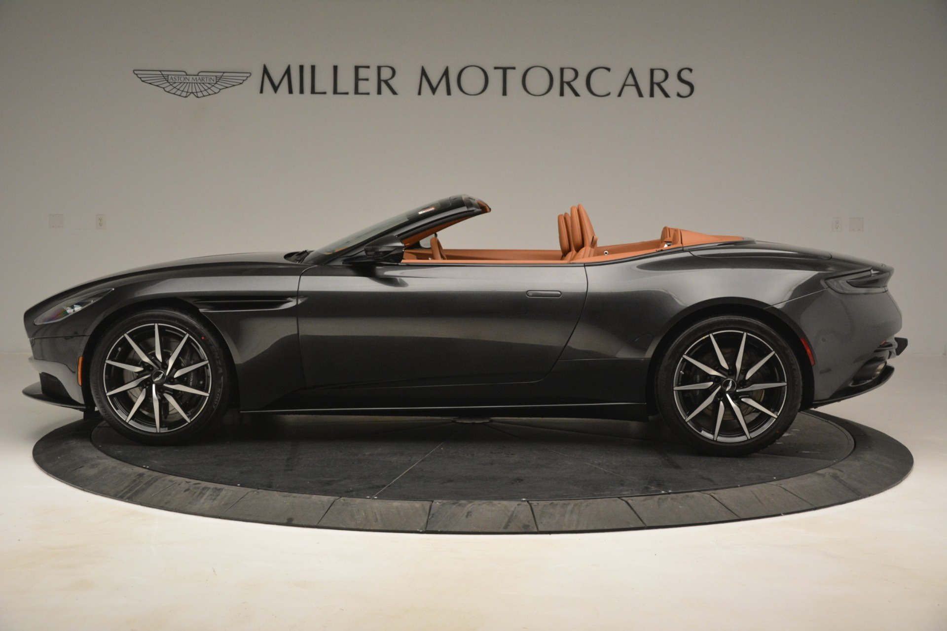 Used 2019 Aston Martin DB11 V8 Volante For Sale In Westport, CT 3434_p2