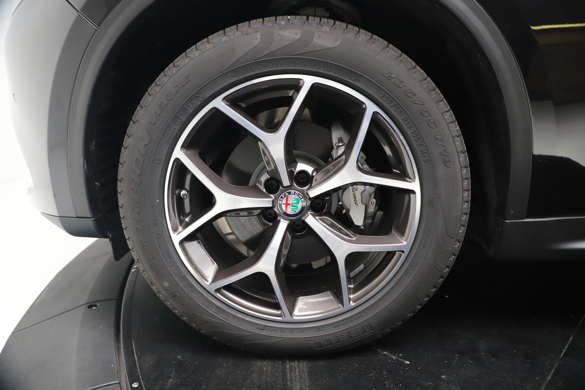 New 2019 Alfa Romeo Stelvio Ti Q4 For Sale In Westport, CT 3439_p30
