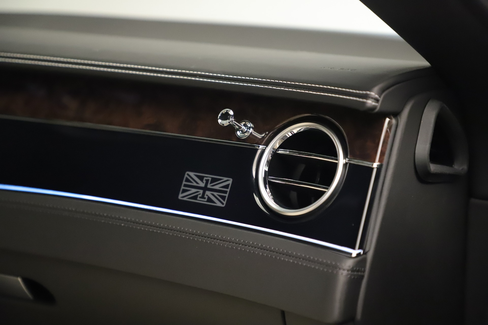 New 2020 Bentley Continental GT V8 First Edition For Sale In Westport, CT 3441_p29