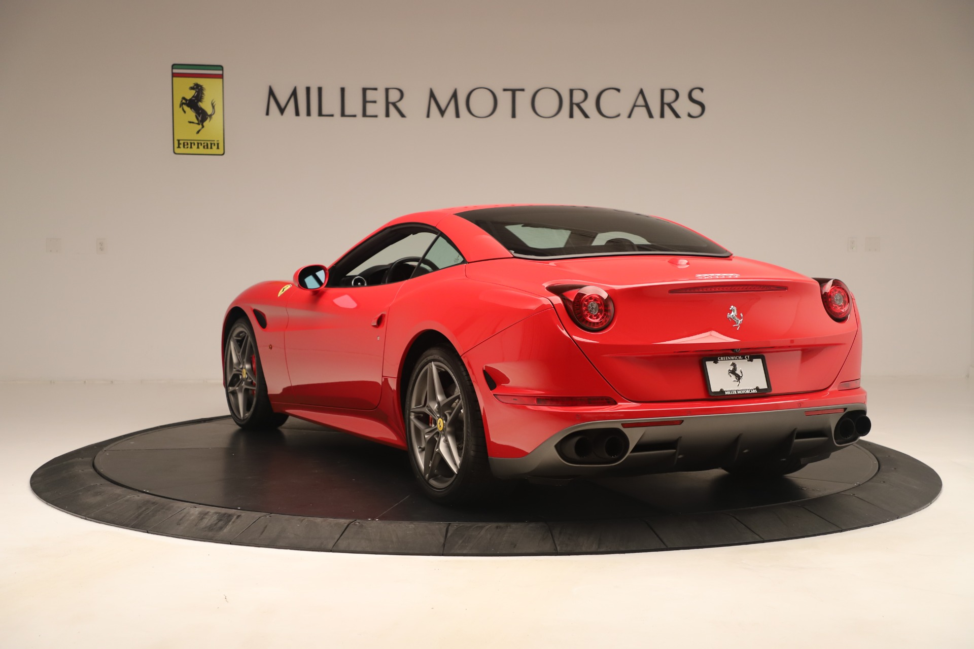 Used 2016 Ferrari California T  For Sale In Westport, CT 3446_p15