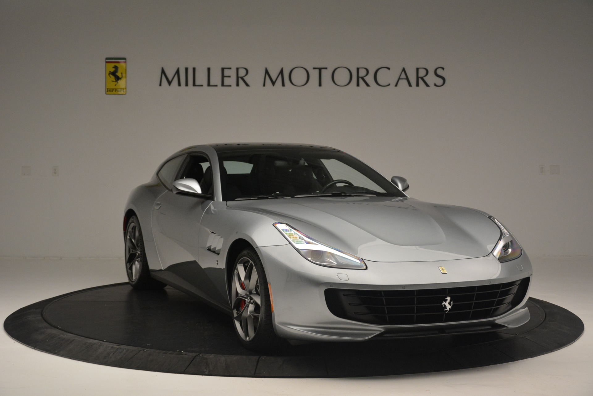 Used 2019 Ferrari GTC4LussoT V8 For Sale In Westport, CT 3447_p11