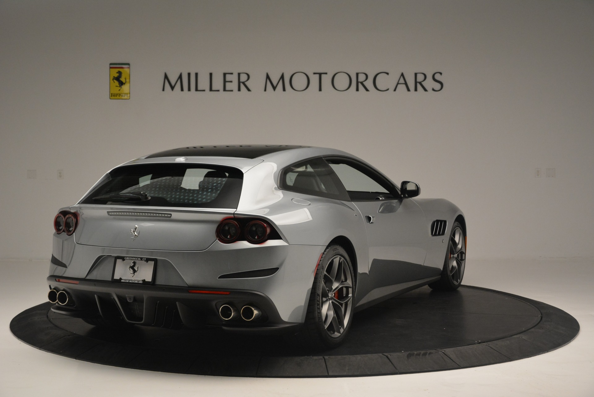 Used 2019 Ferrari GTC4LussoT V8 For Sale In Westport, CT 3447_p7