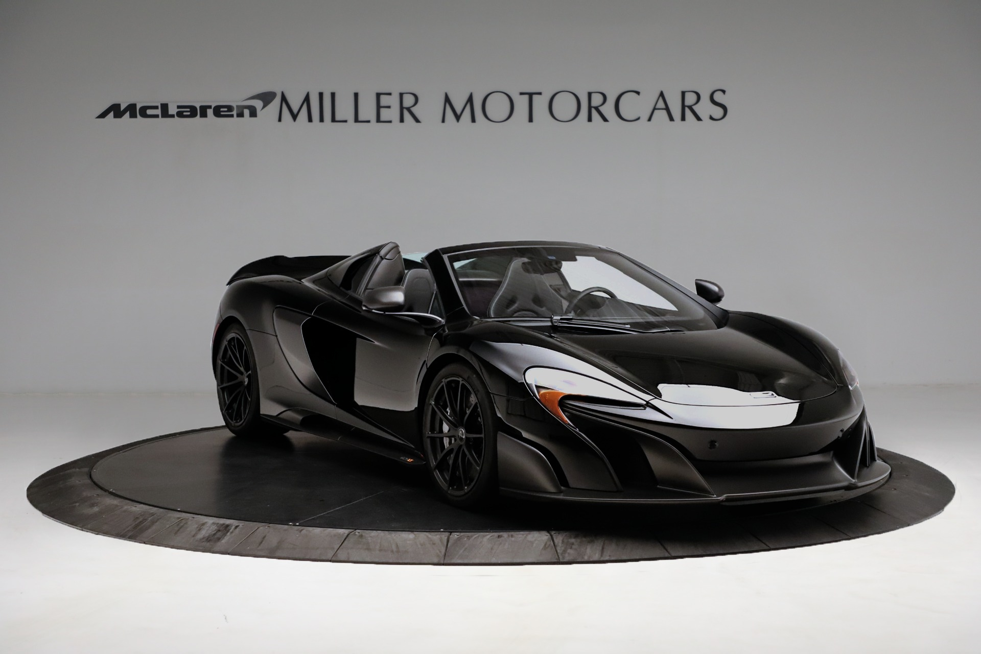 Used 2016 McLaren 675LT Spider For Sale In Westport, CT 3455_p11