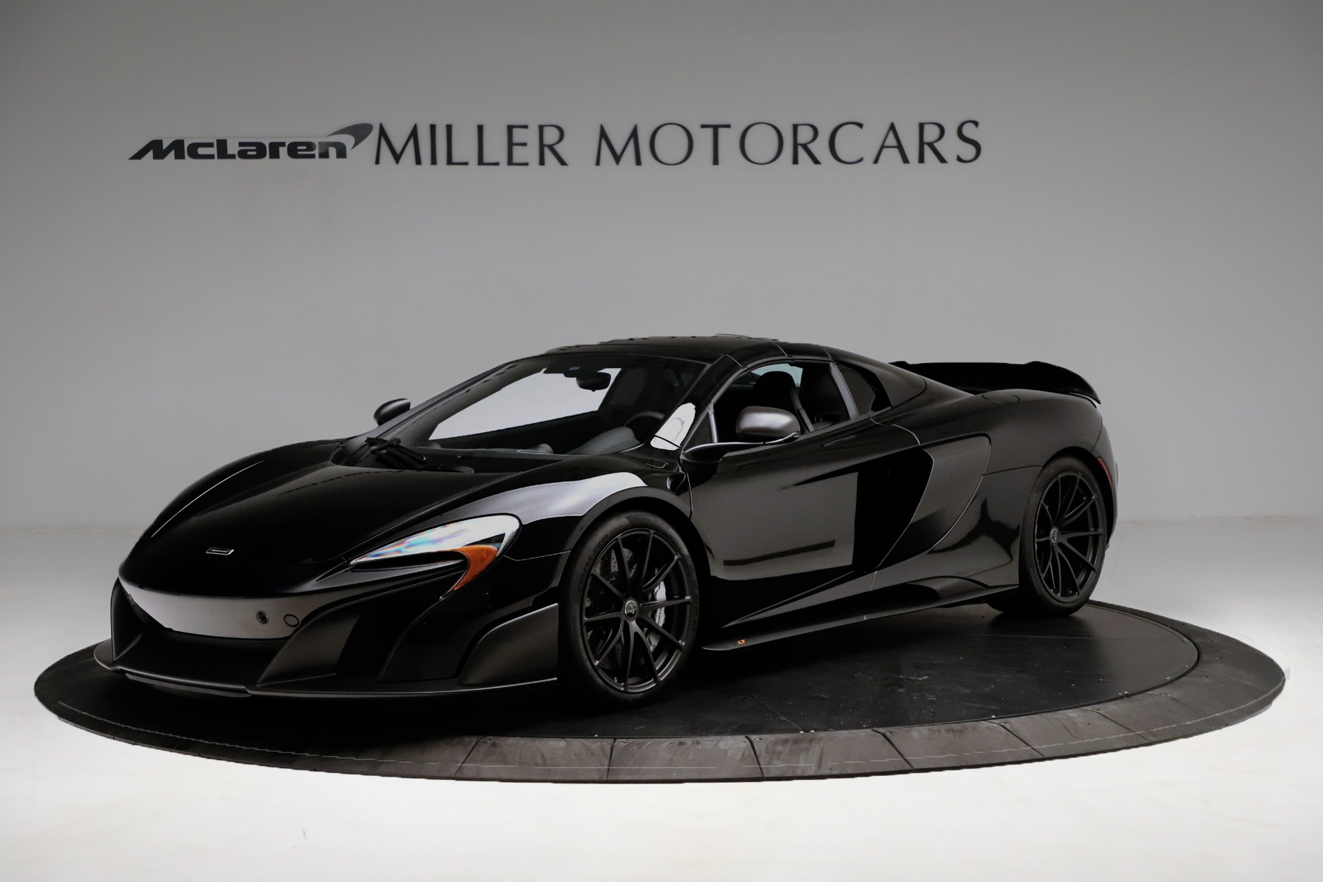 Used 2016 McLaren 675LT Spider For Sale In Westport, CT 3455_p13