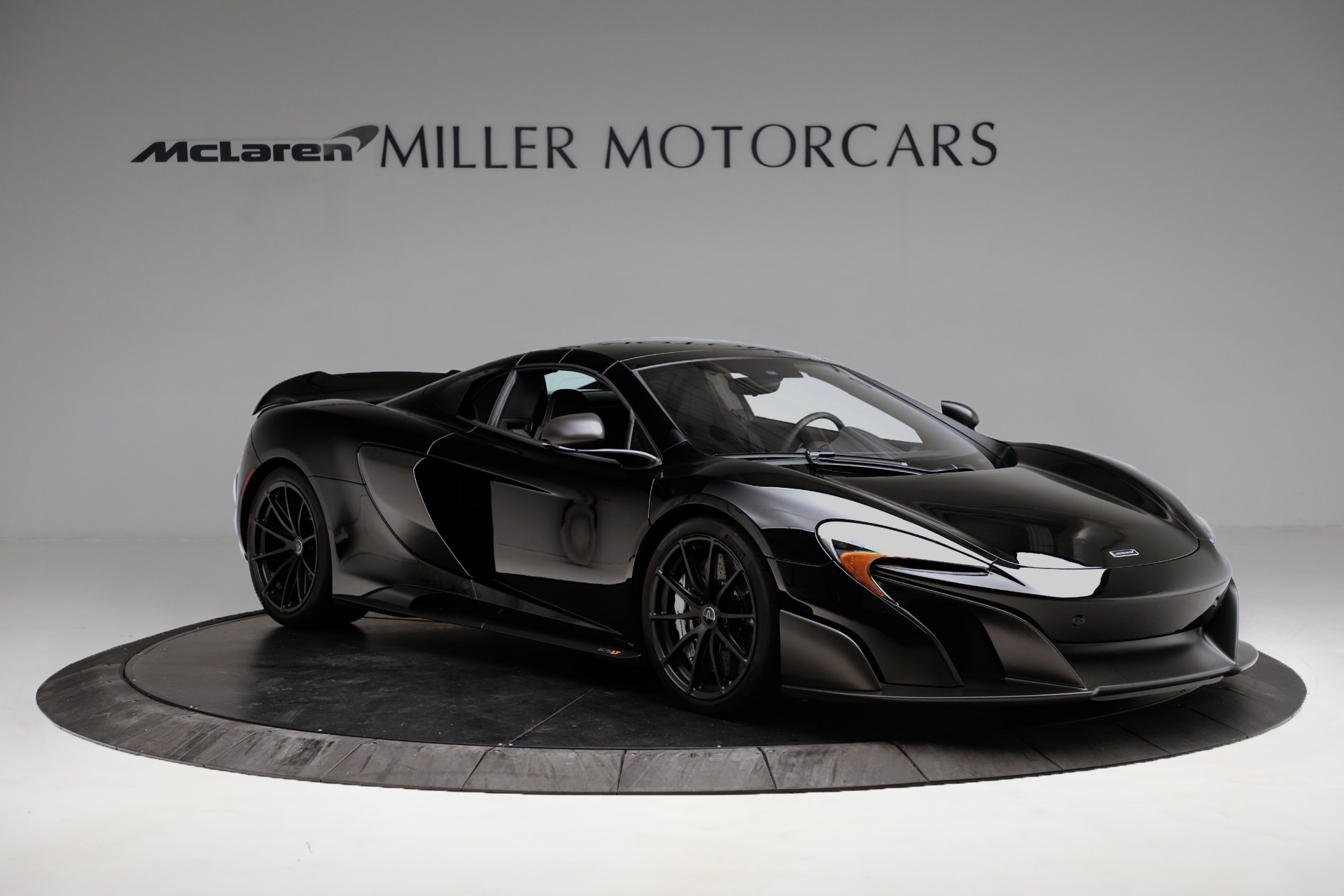 Used 2016 McLaren 675LT Spider For Sale In Westport, CT 3455_p18