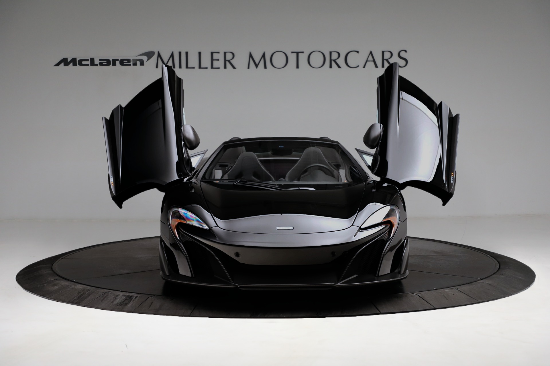 Used 2016 McLaren 675LT Spider For Sale In Westport, CT 3455_p19